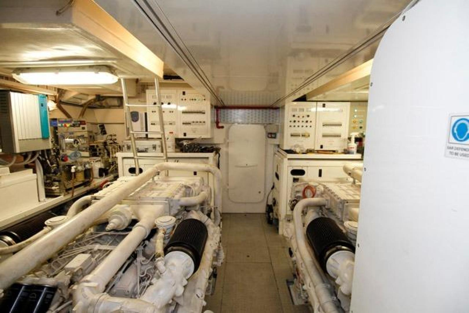 Leopard-Express-Motor-Yacht-2007-Happy-One-Miami-Florida-United-States-Engine-Room-923743