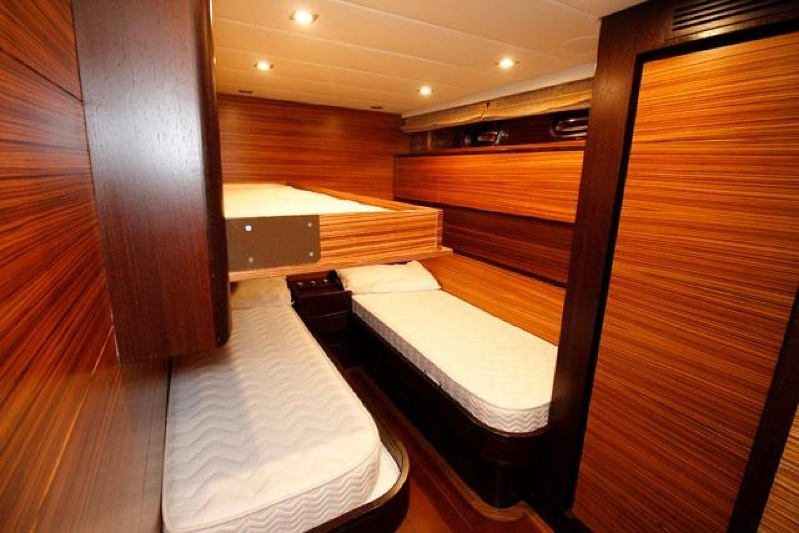 Leopard-Express-Motor-Yacht-2007-Happy-One-Miami-Florida-United-States-Guest-Stateroom-923725