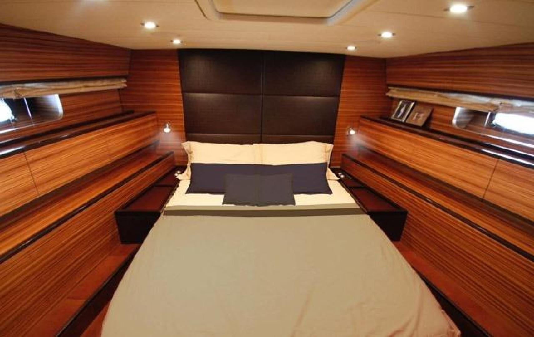 Leopard-Express-Motor-Yacht-2007-Happy-One-Miami-Florida-United-States-Master-Stateroom-923716