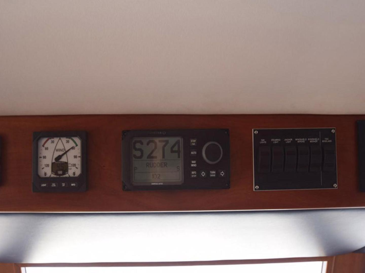 Burger-Raised Pilothouse 1958-Diane Ft. Lauderdale-Florida-United States-Above Helm Detail-369357 | Thumbnail
