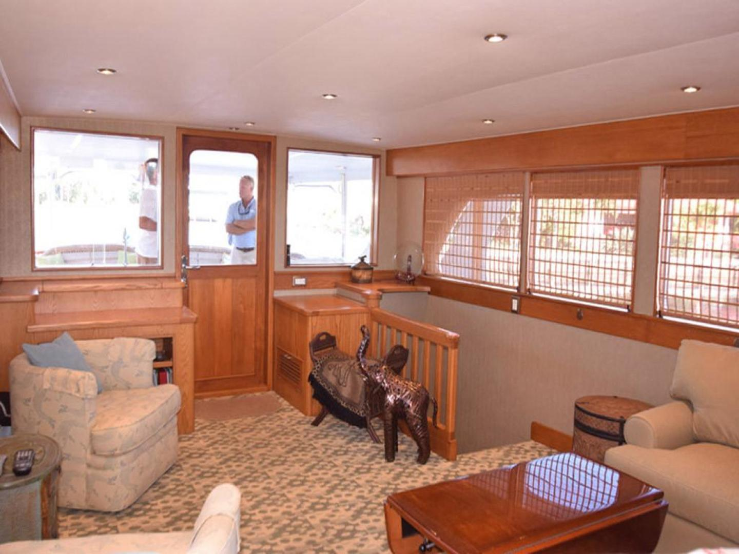 Burger-Raised Pilothouse 1958-Diane Ft. Lauderdale-Florida-United States-Main Salon to Aft Deck-369322 | Thumbnail
