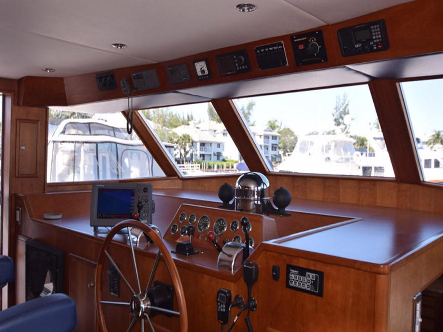Burger-Raised Pilothouse 1958-Diane Ft. Lauderdale-Florida-United States-Wheelhouse View to Bow-369356 | Thumbnail