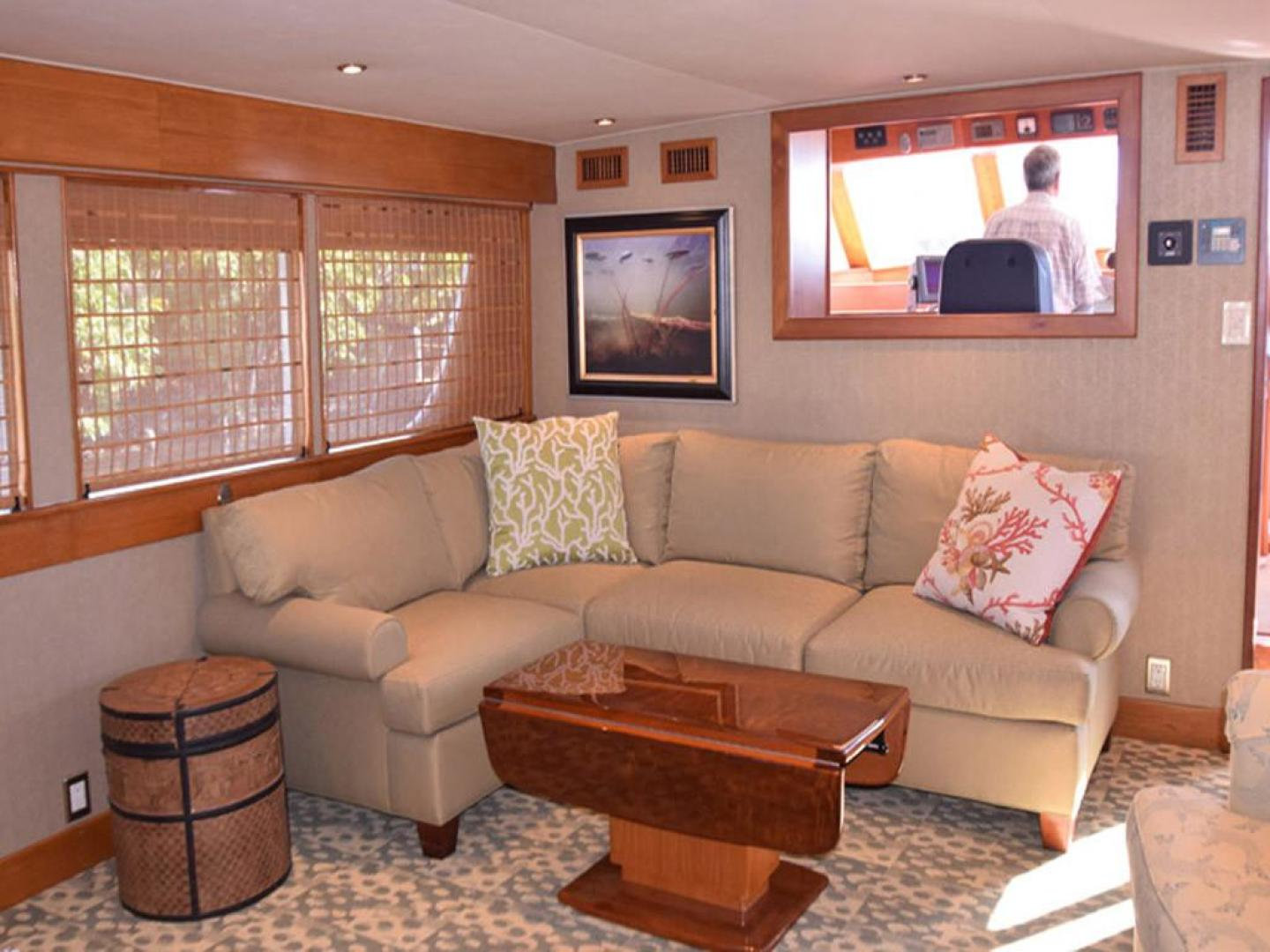 Burger-Raised Pilothouse 1958-Diane Ft. Lauderdale-Florida-United States-Main Salon View to Wheelhouse-369320 | Thumbnail