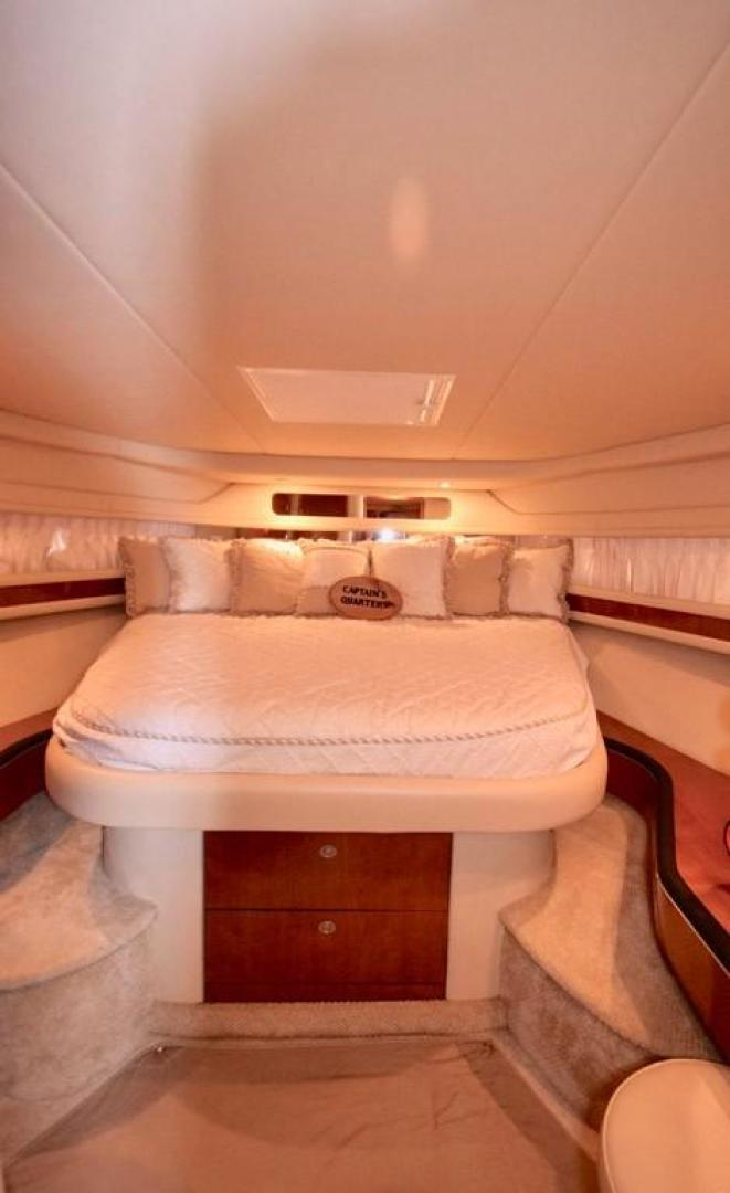 Sea Ray-Sundancer 2004-Bubba The Final Version? Dania Beach-Florida-United States-Main Stateroom Pedestal Bed-368975 | Thumbnail