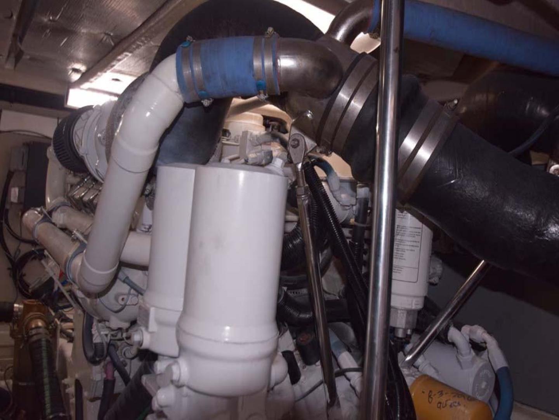 Sea Ray-550 Sedan Bridge 2005-March Madness Pompano Beach-Florida-United States-Engine Room-277901 | Thumbnail