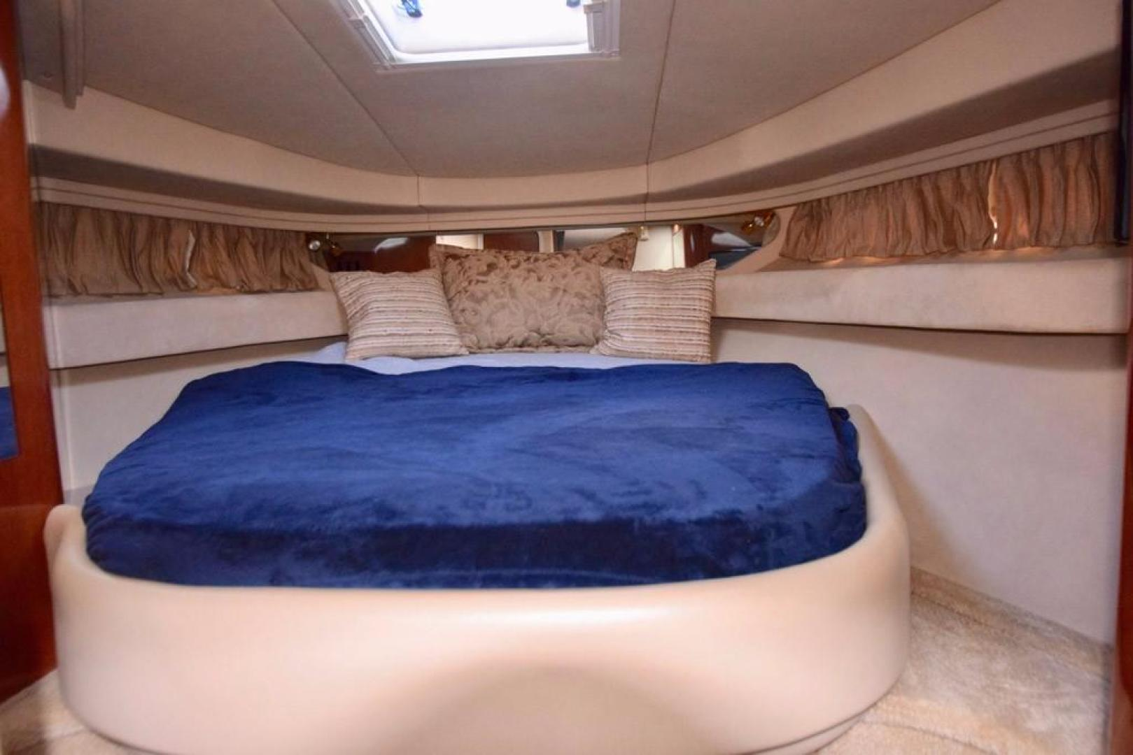Sea Ray-Sundancer 410 2002-Float Days Ft. Lauderdale-Florida-United States-Forward Stateroom-369104 | Thumbnail