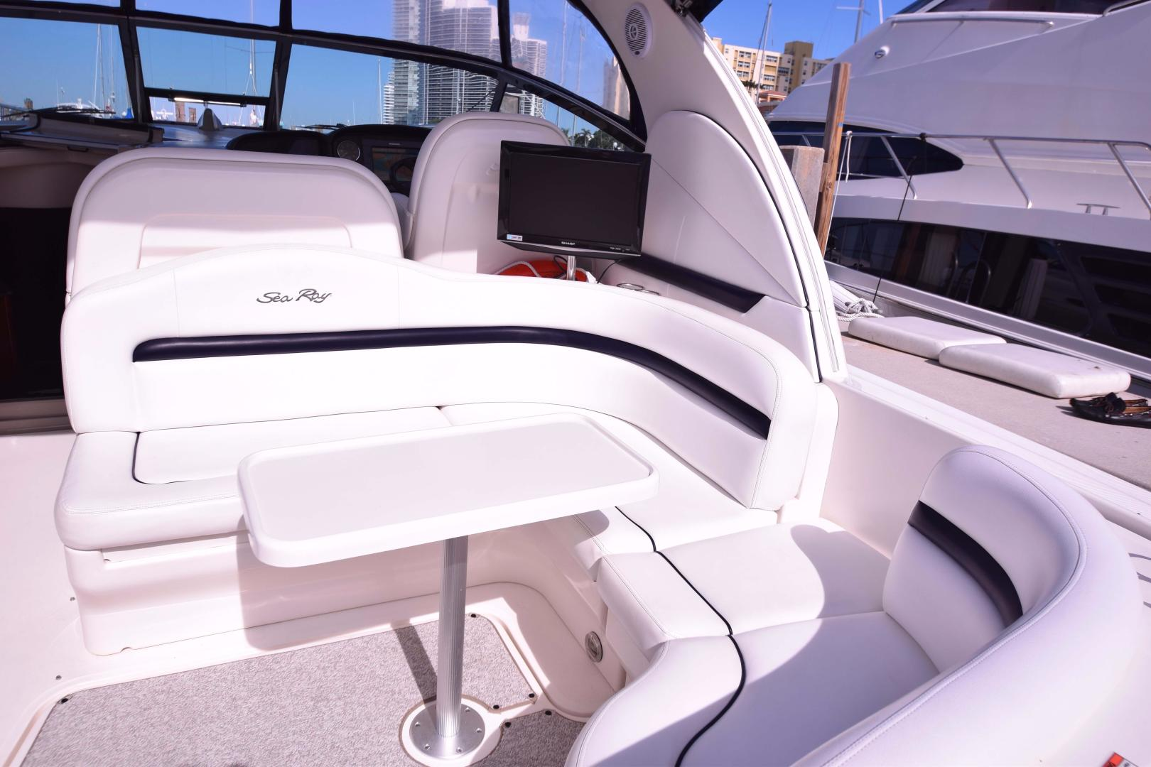 Sea Ray-Sundancer 2008-Heaven Sent Miami Beach-Florida-United States-Aft Deck Seating and Table-369174 | Thumbnail
