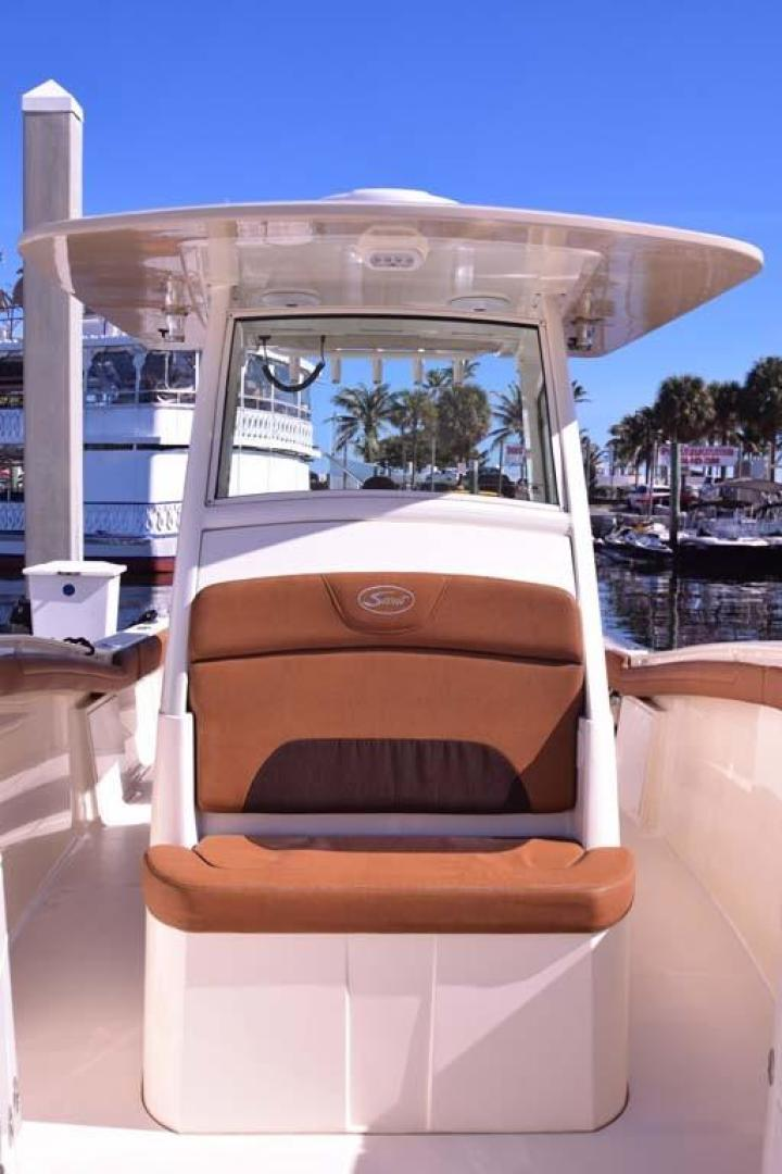 Scout-320 LXF 2016-Monkey Business Fort Lauderdale-Florida-United States-Console Seat-137407 | Thumbnail