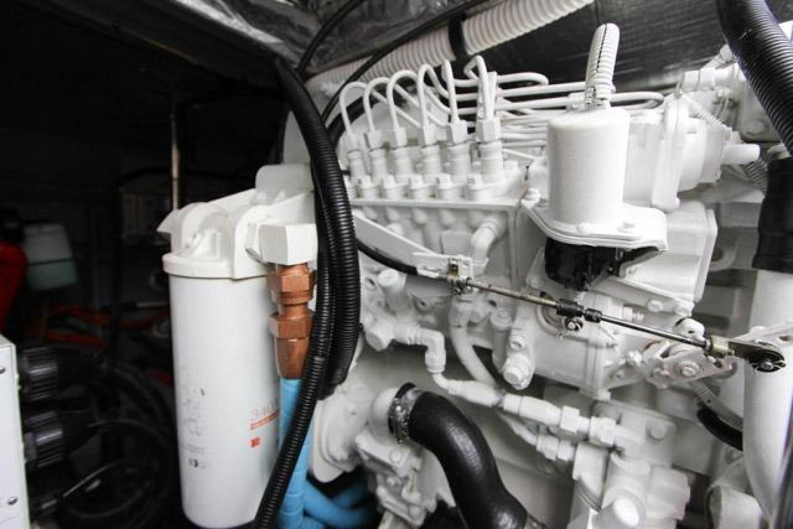 Sea Ray-460 Sundancer 2002 -Miami-Florida-United States-Engine Room-368494 | Thumbnail