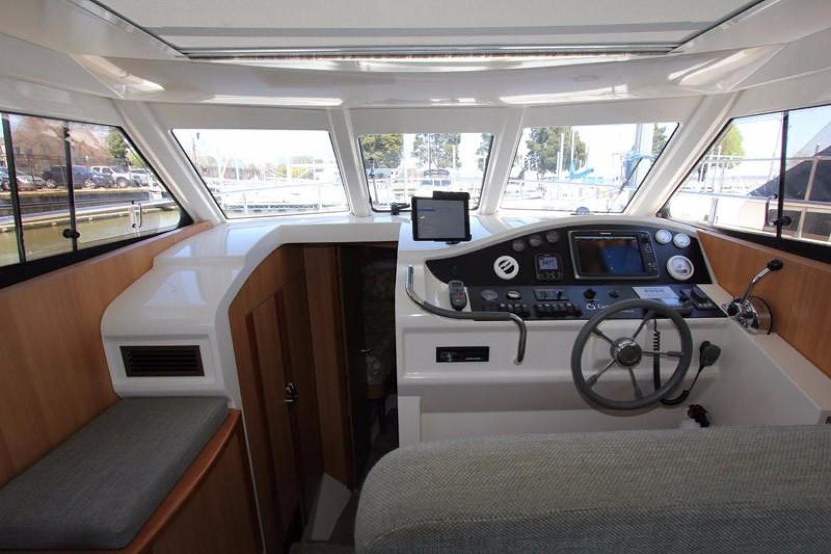 Greenline-33 300 2014-Inspiration Annapolis-Maryland-United States-Helm Area-923126 | Thumbnail