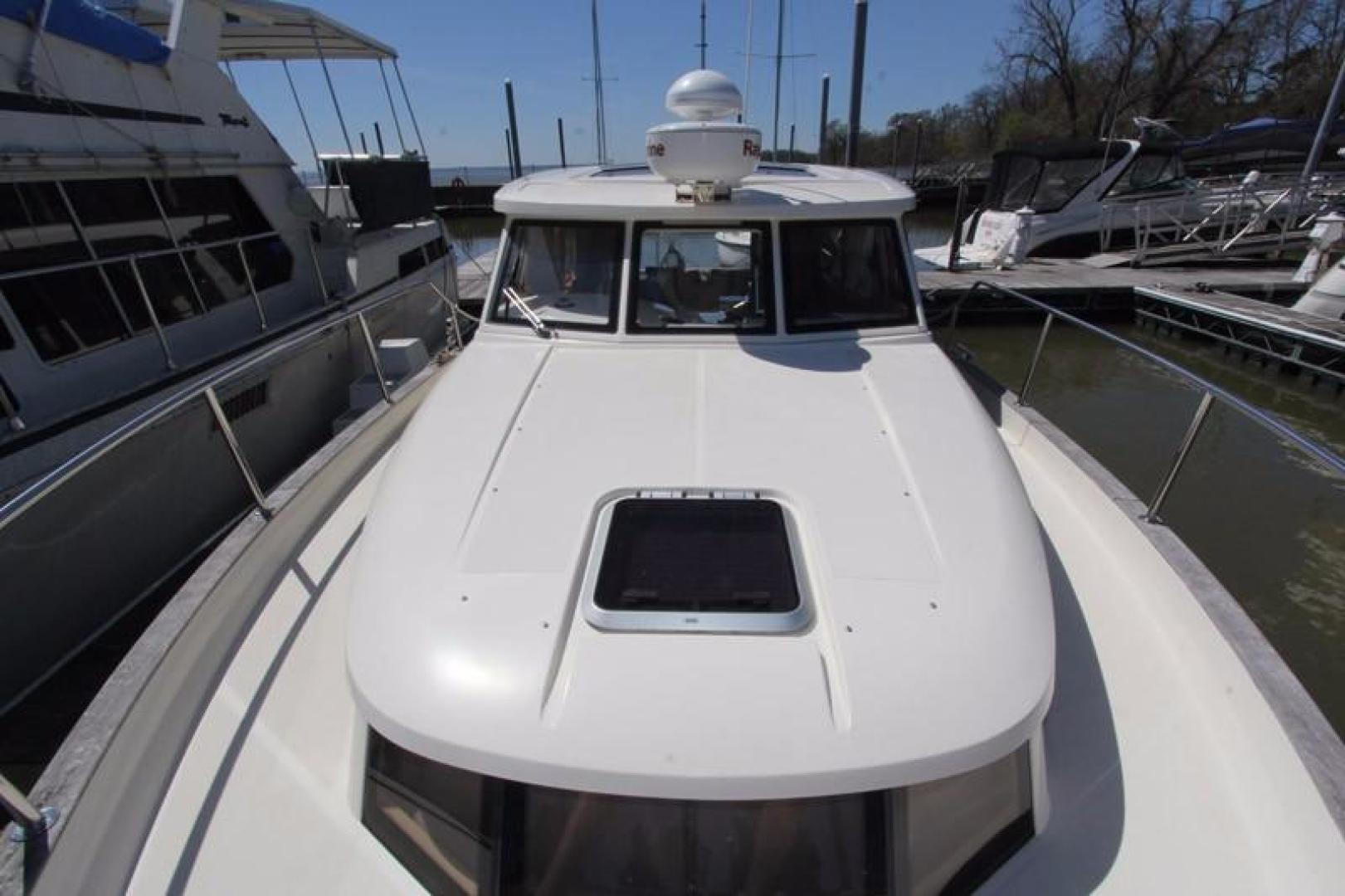 Greenline-33 300 2014-Inspiration Annapolis-Maryland-United States-Looking Aft-923112 | Thumbnail