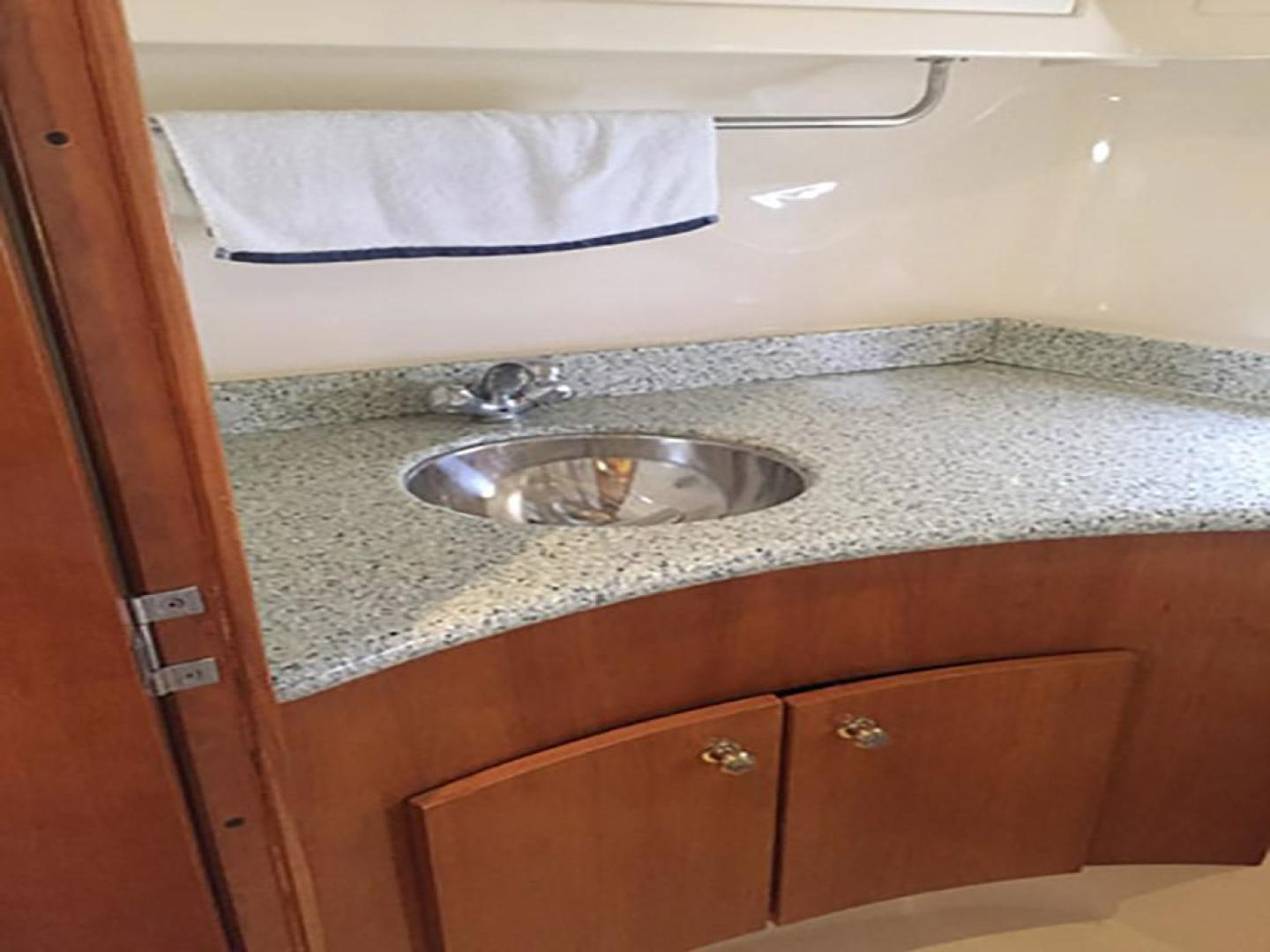 Carver-466 Motor Yacht 2001-Rollin in the Tides Pensacola-Florida-United States-Head Sink-377494 | Thumbnail