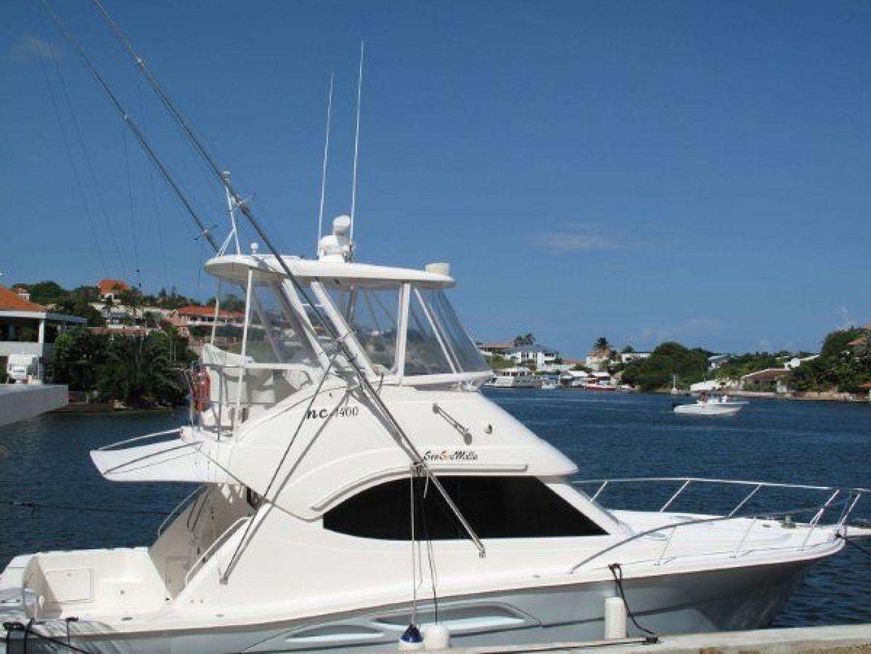 Riviera-Flybridge-2004-No-Name-Curacao-Netherlands-Antilles-(NL)-Starboard-924163