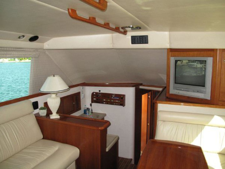 Riviera-Flybridge-2004-No-Name-Curacao-Netherlands-Antilles-(NL)-Salon-Forward-924151