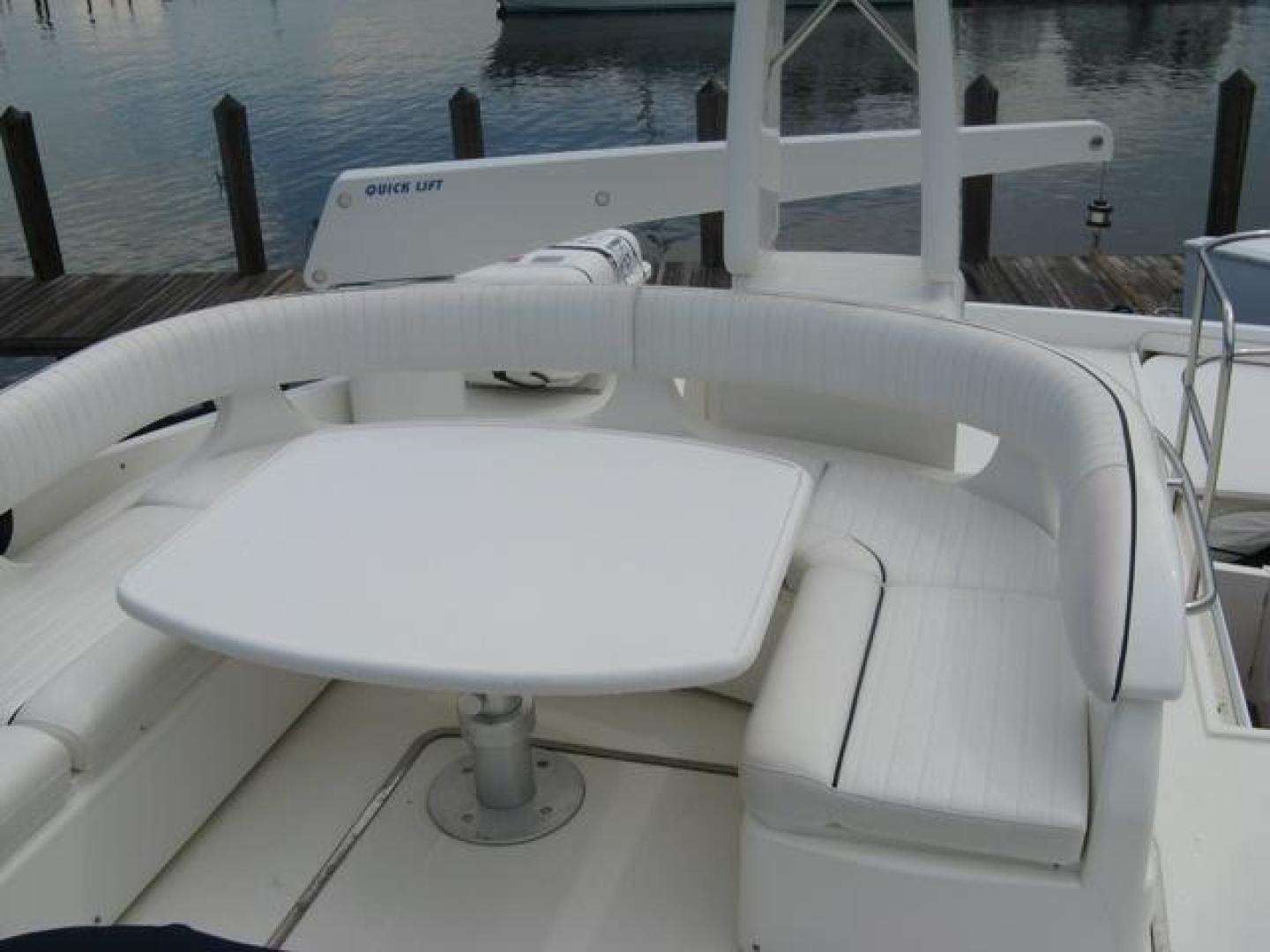 Viking-65 Sports Cruiser 2002-Prima Donna Stuart-United States-Cockpit Seating-924256 | Thumbnail