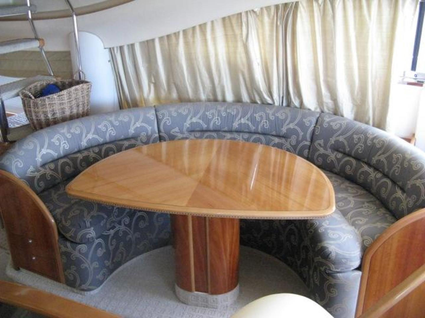 Viking-65 Sports Cruiser 2002-Prima Donna Stuart-United States-Dinette-924250 | Thumbnail