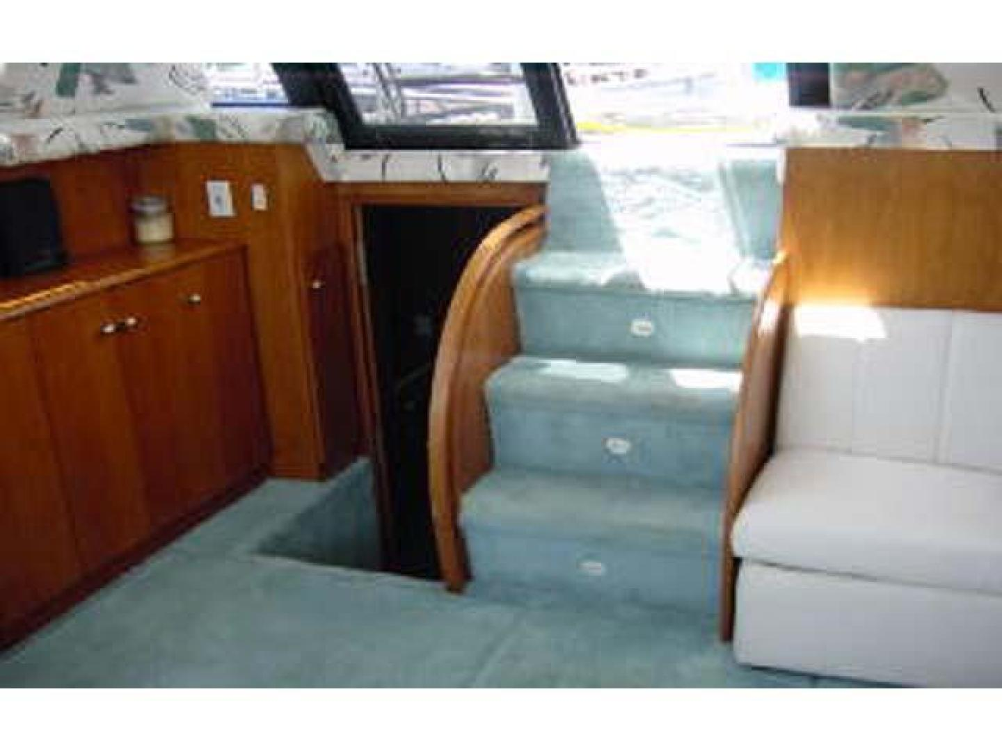 Silverton-AFT CABIN 1995-Miss Adventure II Kingston-New York-United States-Main Salon Aft-373772 | Thumbnail