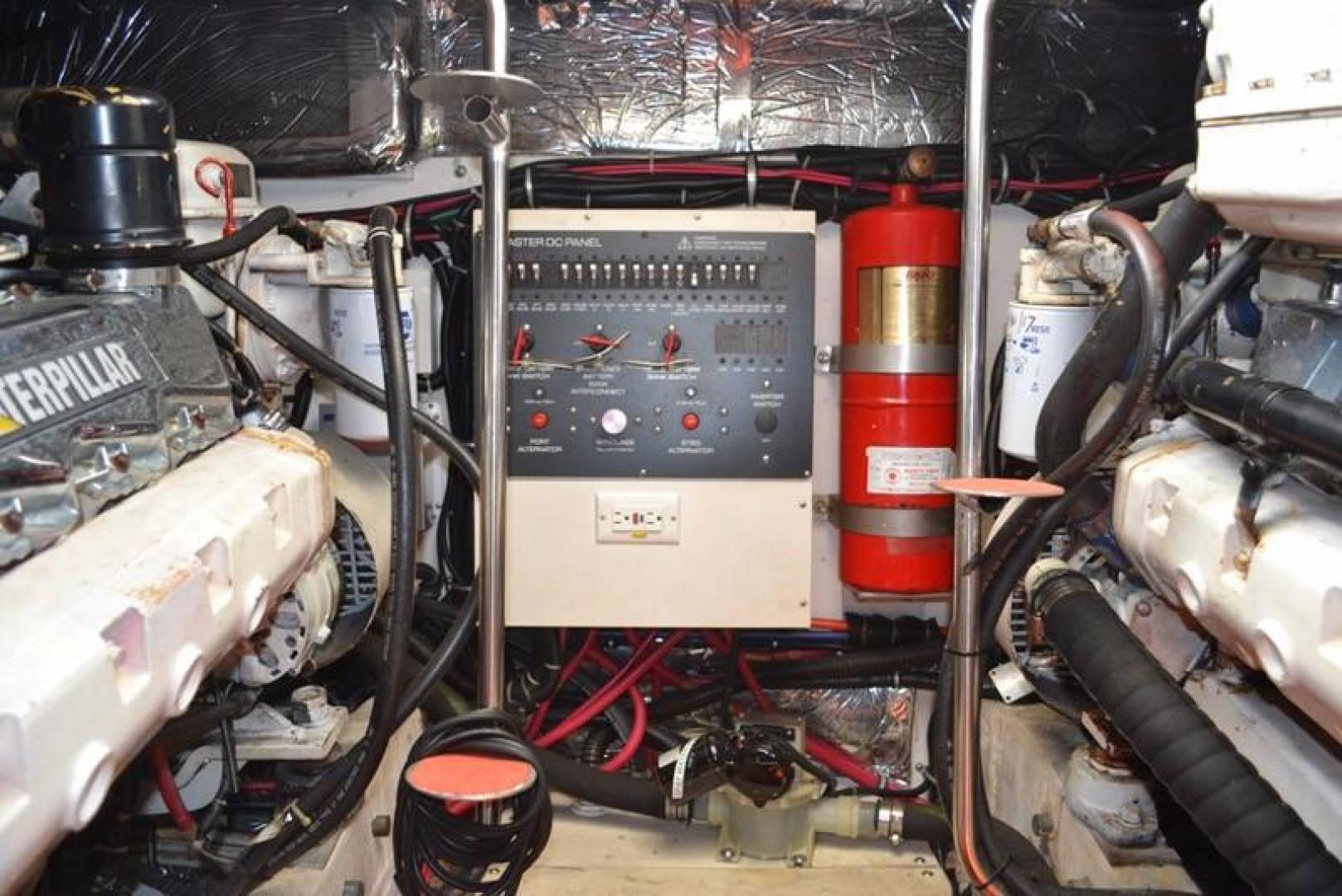 Tiara-4100 Open 2000-Moondoggie St. Augustine-Florida-United States-Engine-924425 | Thumbnail
