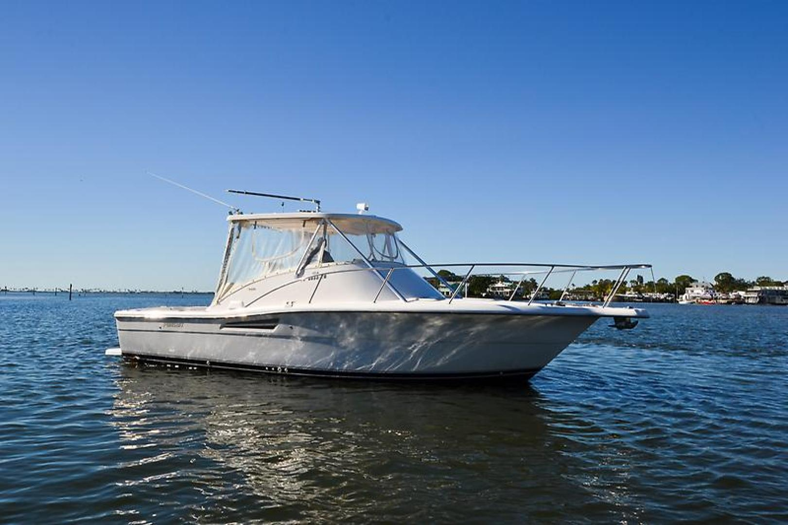 2003 Pursuit 3000 Offshore-13.jpg