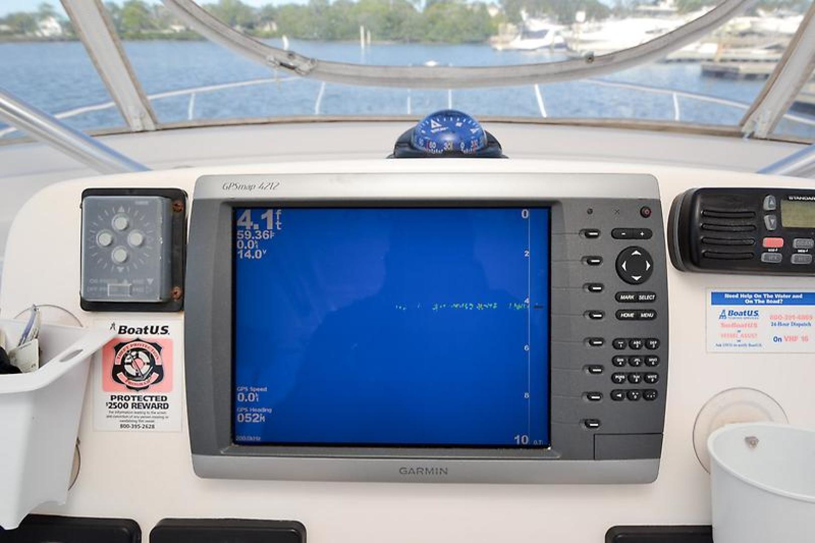 2003 Pursuit 3000 Offshore-29.jpg
