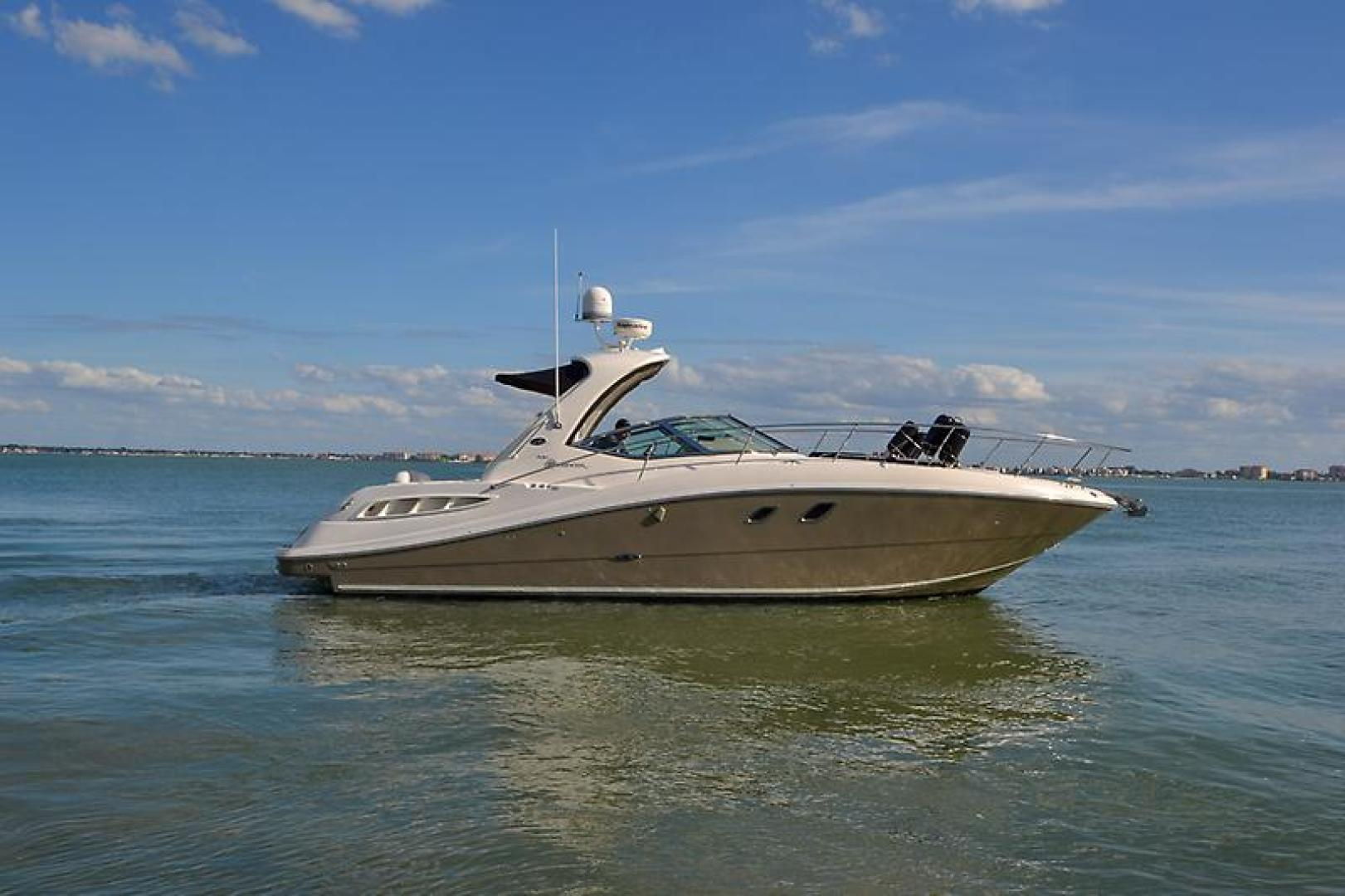 2008 Sea Ray 330 DA Profile-14.jpg