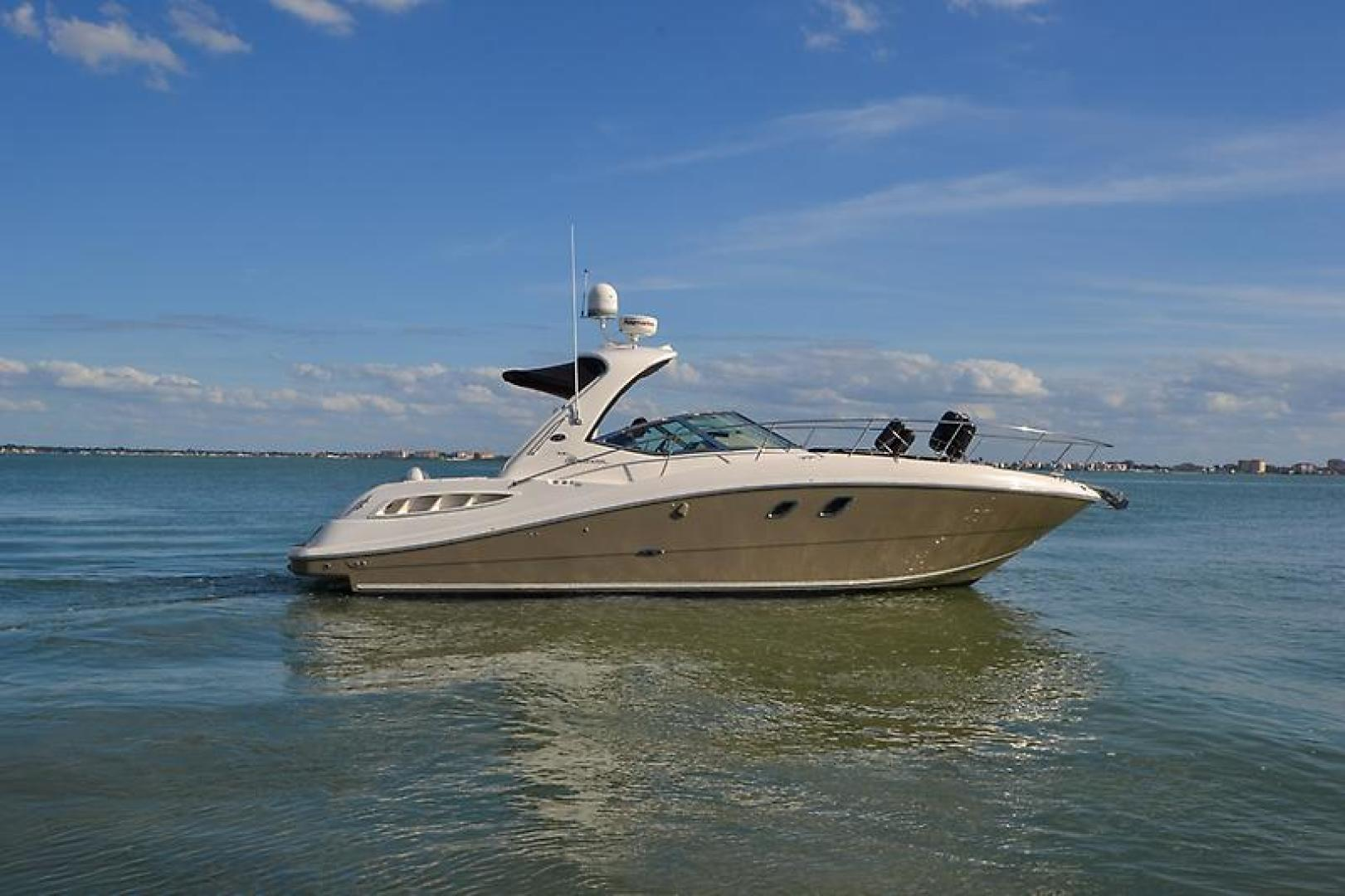2008 Sea Ray 330 DA Profile-13.jpg