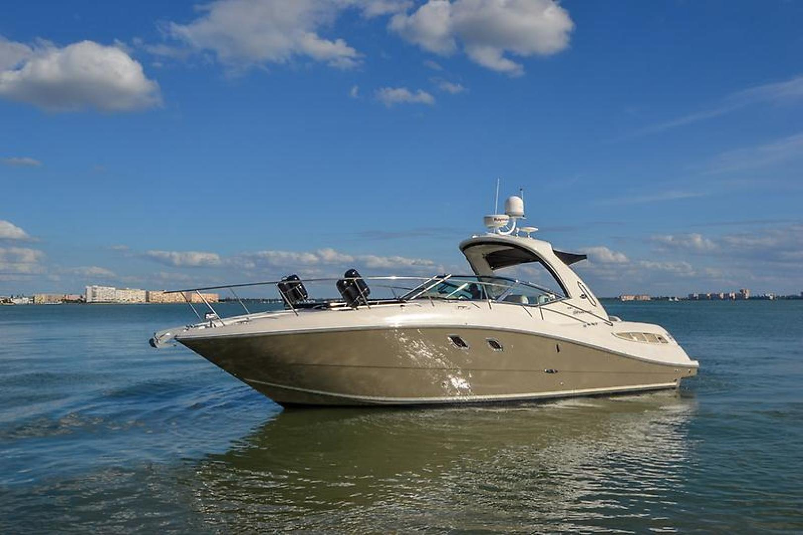 2008 Sea Ray 330 DA Profile-22.jpg