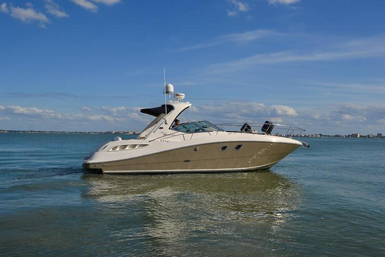 2008 Sea Ray 330 DA Profile-12.jpg