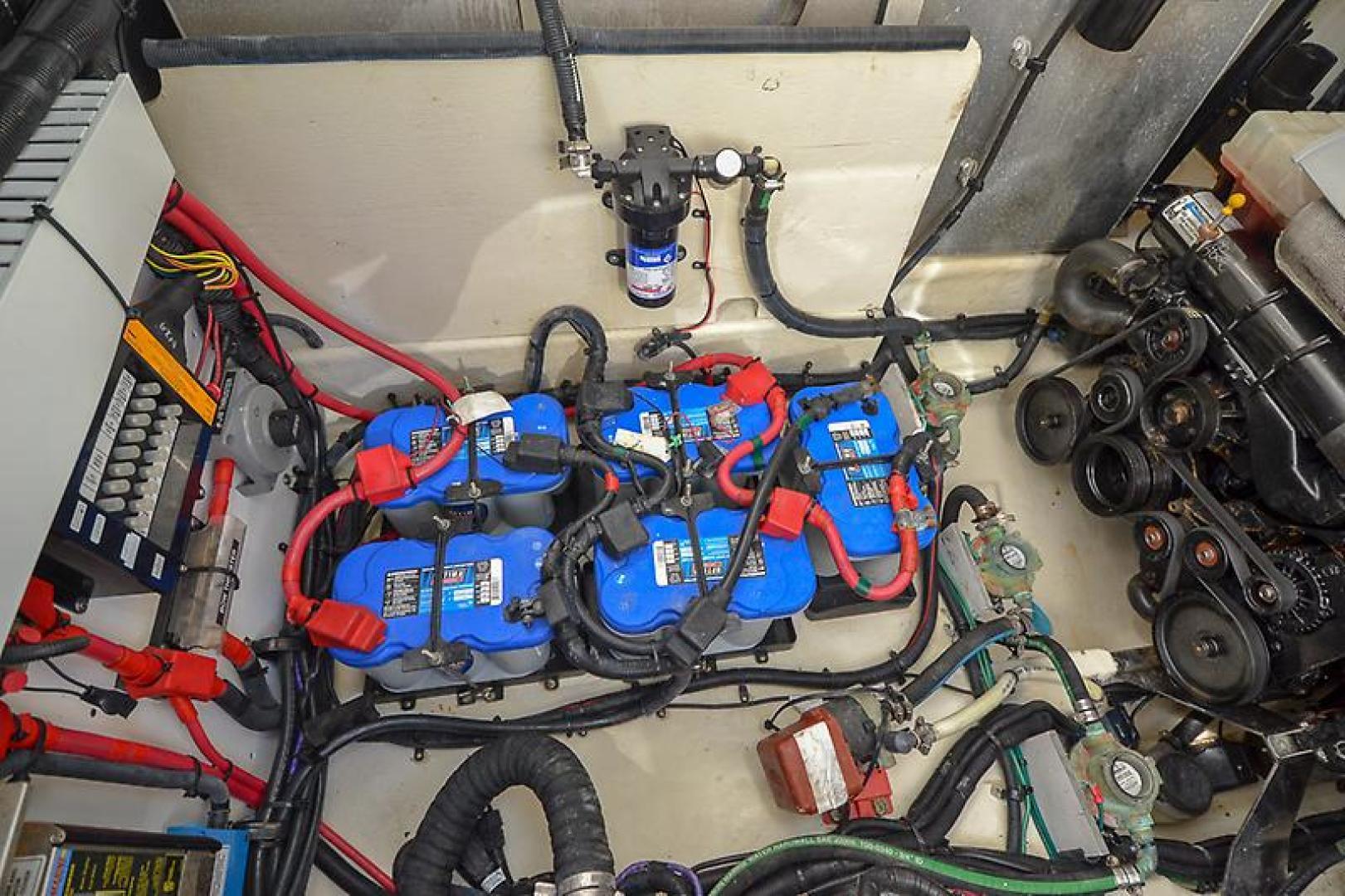 2008 Sea Ray 330 Sundancer-36.jpg