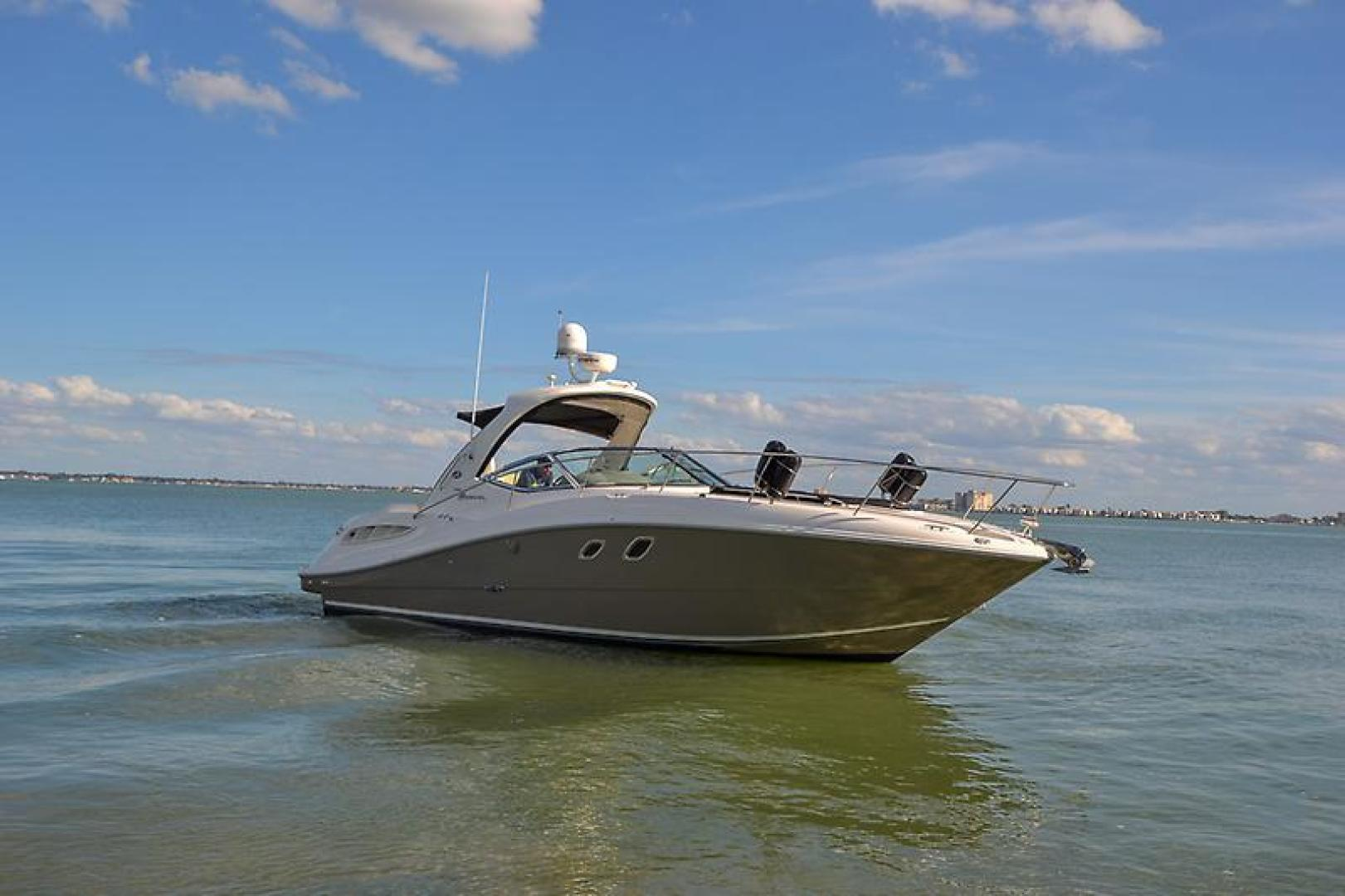 2008 Sea Ray 330 DA Profile-15.jpg