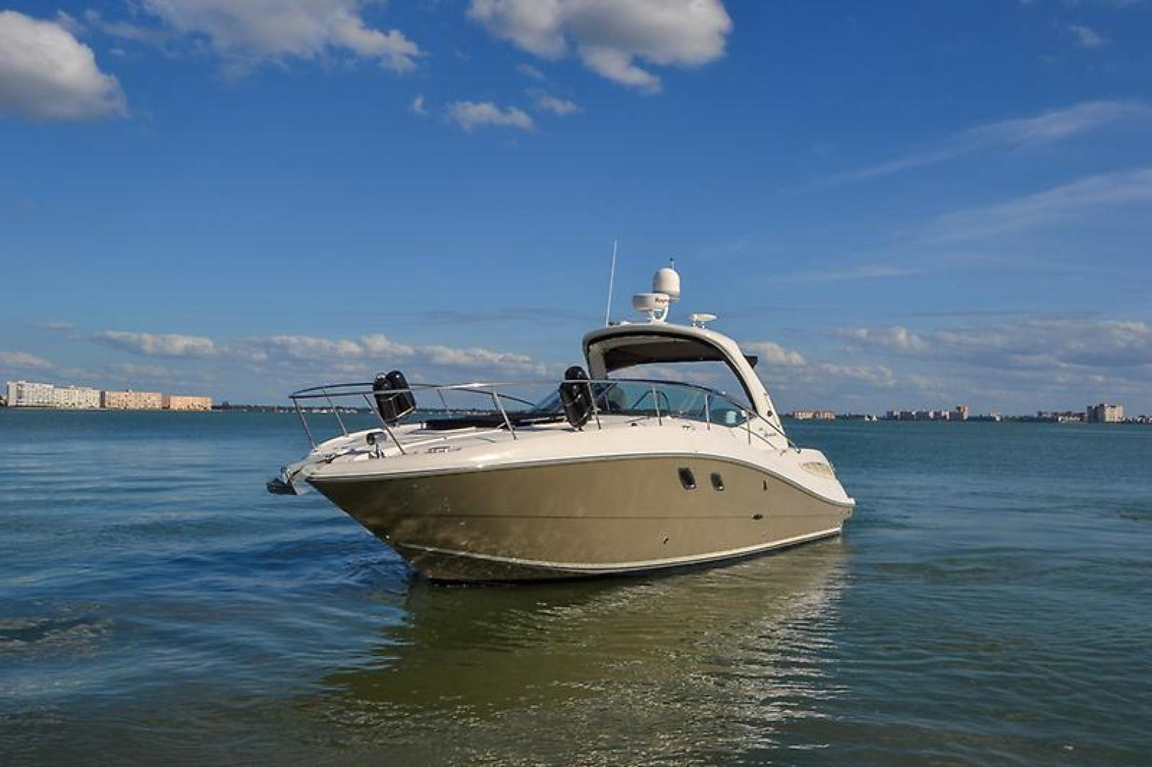 2008 Sea Ray 330 DA Profile-19.jpg