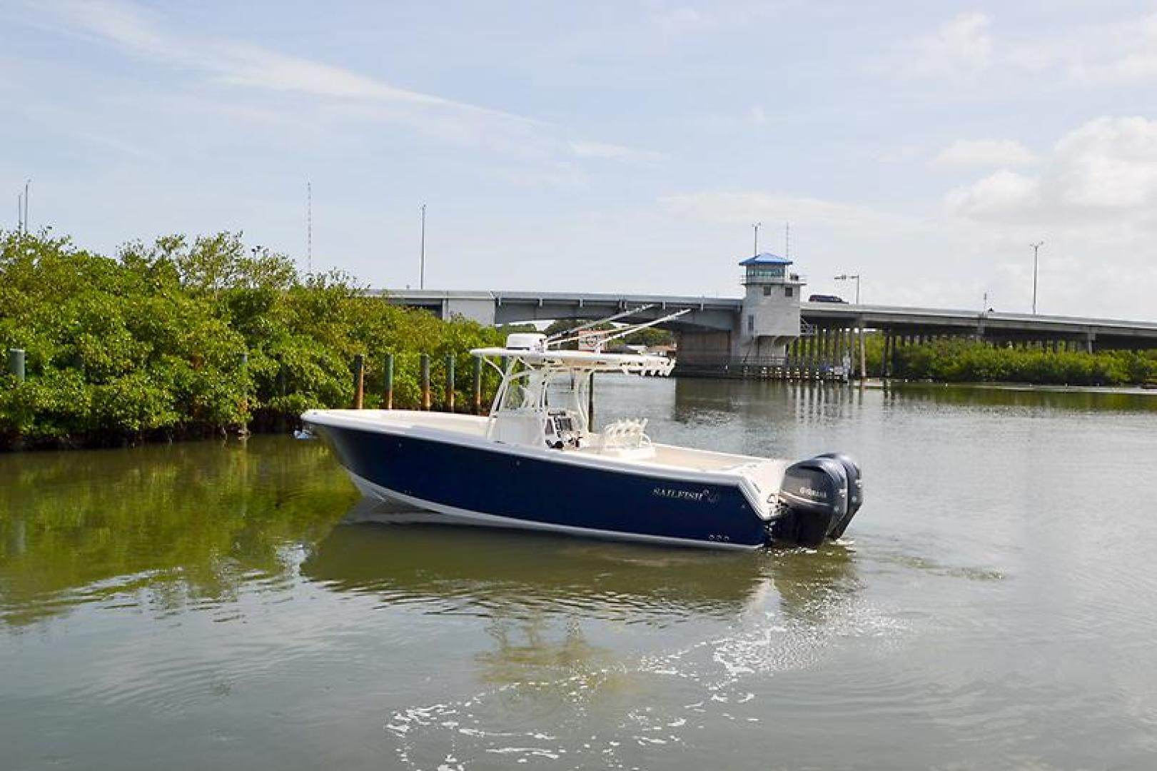 2014 Sailfish 320 cc-20.jpg