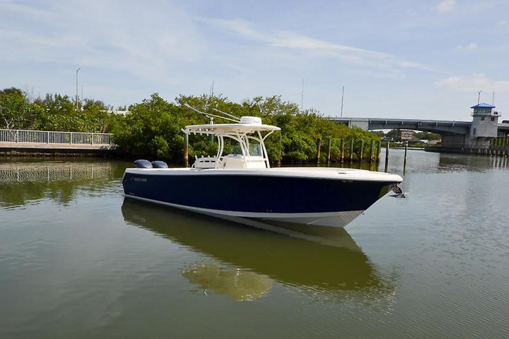 2014 Sailfish 320 cc-11.jpg