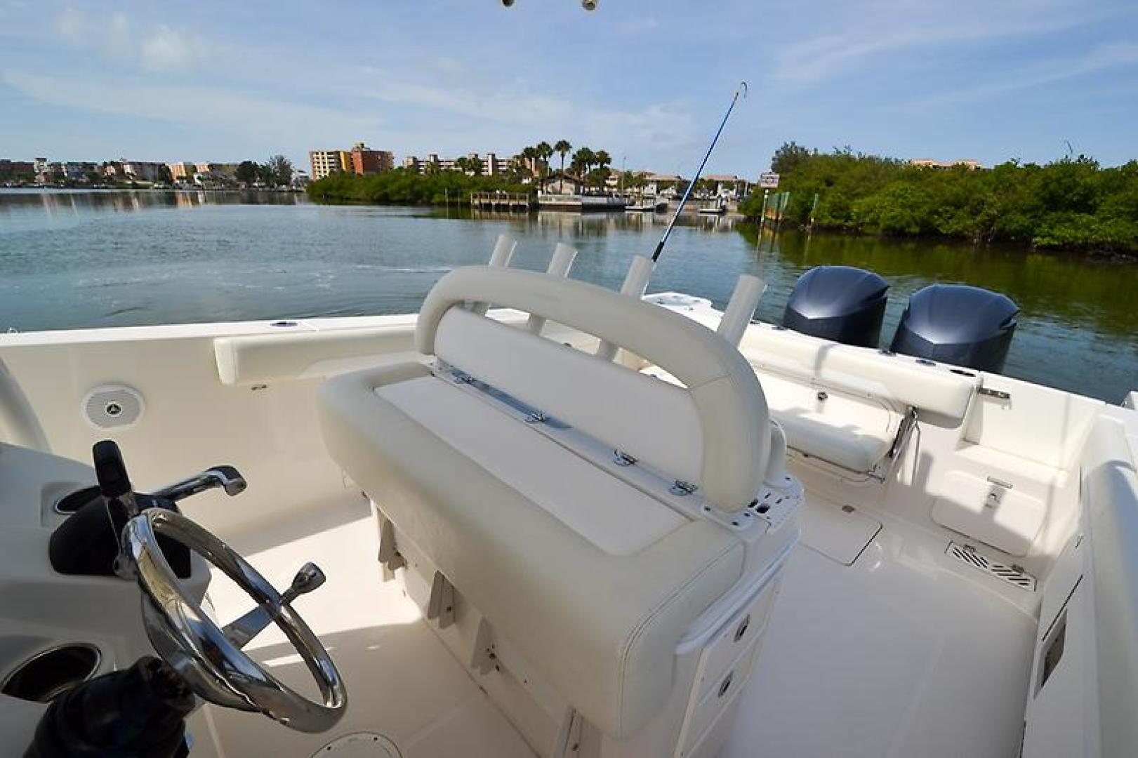 2014 Sailfish 320 cc-46.jpg