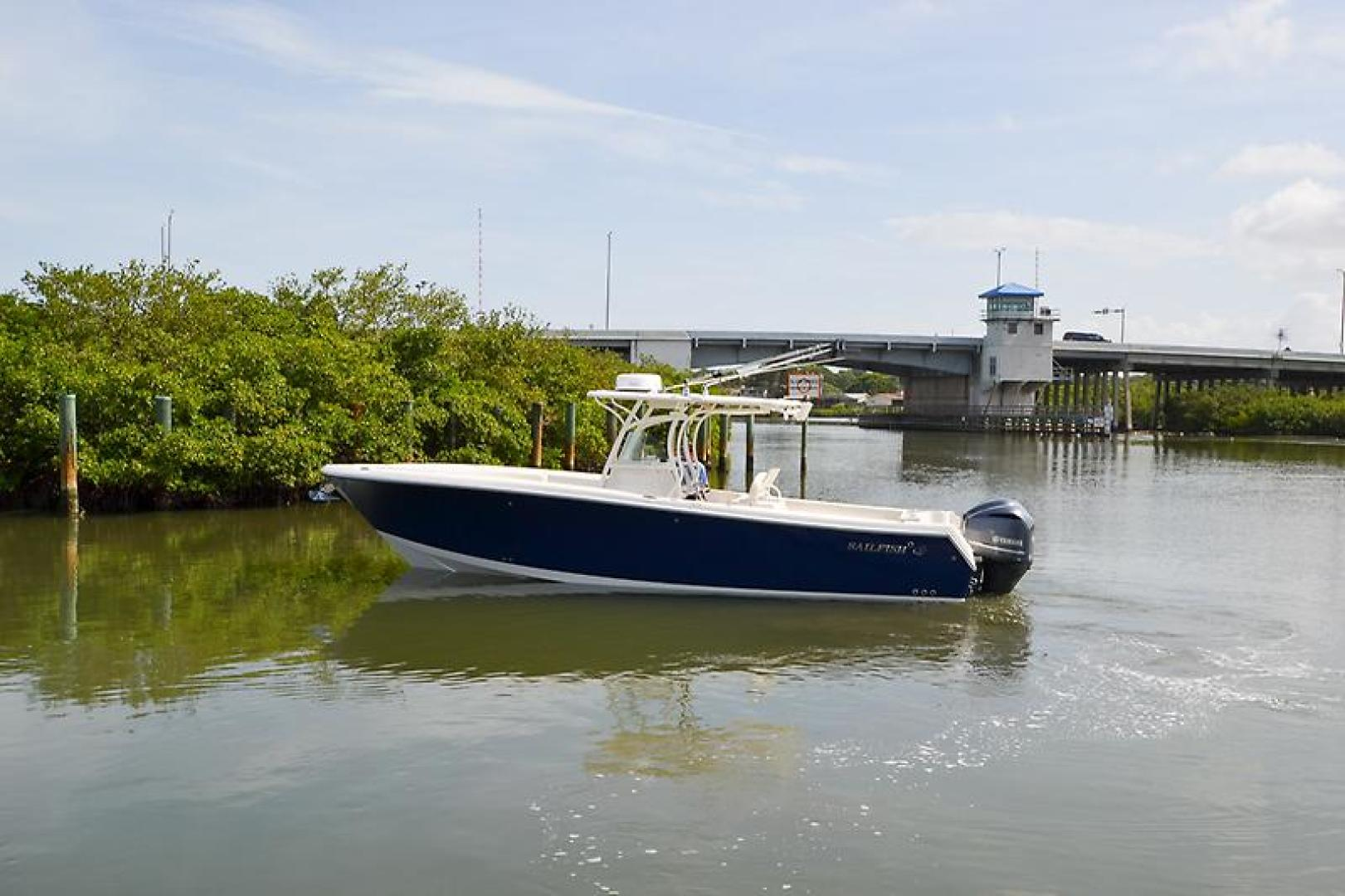 2014 Sailfish 320 cc-21.jpg