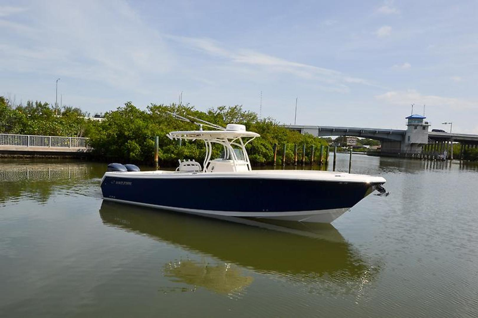 2014 Sailfish 320 cc-12.jpg