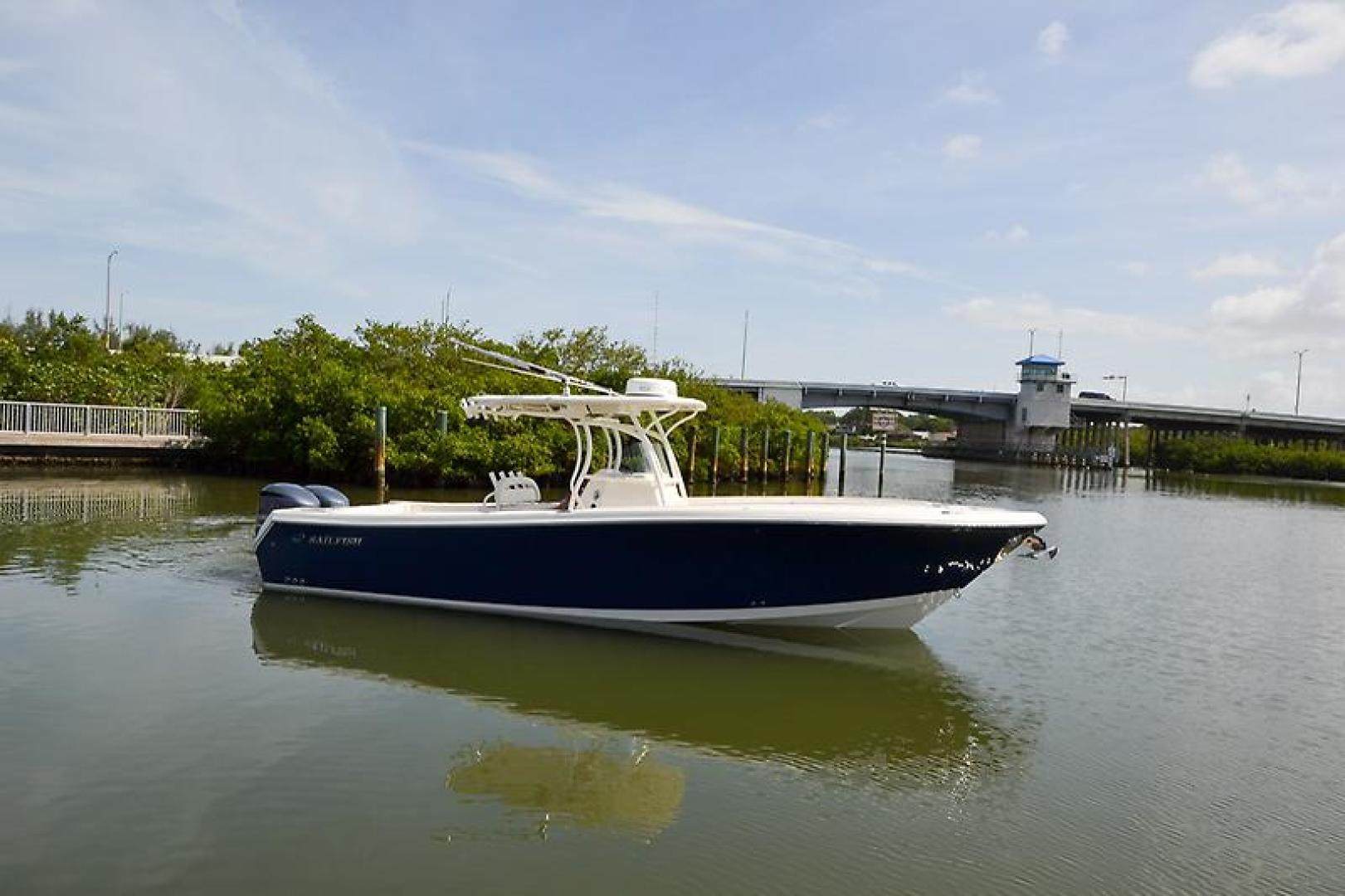 2014 Sailfish 320 cc-13.jpg