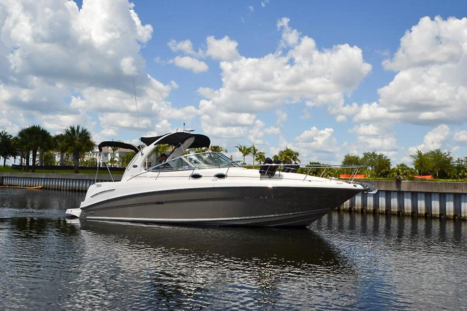 2006 Sea Ray 300 Sundancer-16-2.jpg
