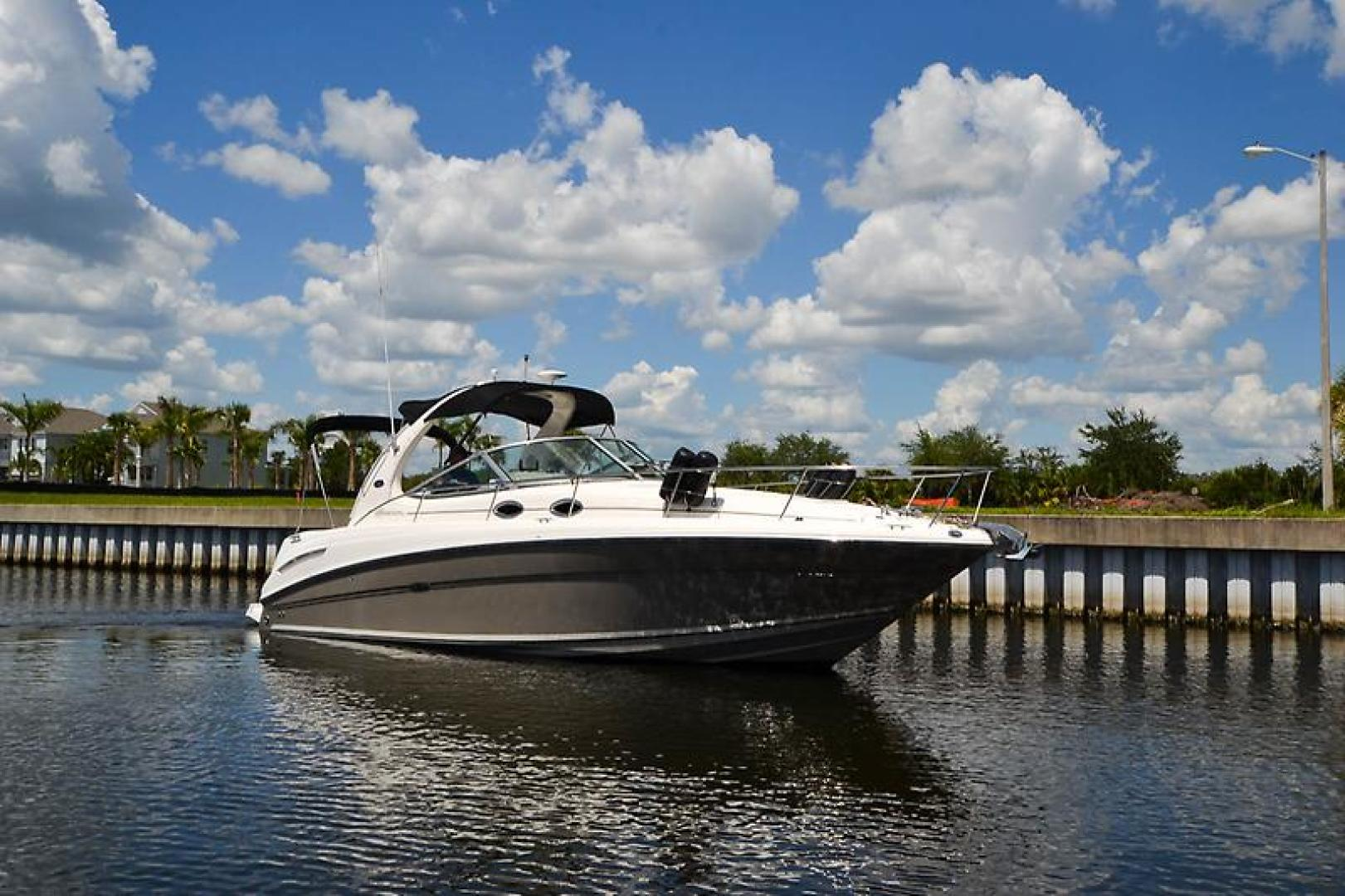 2006 Sea Ray 300 Sundancer-17-2.jpg