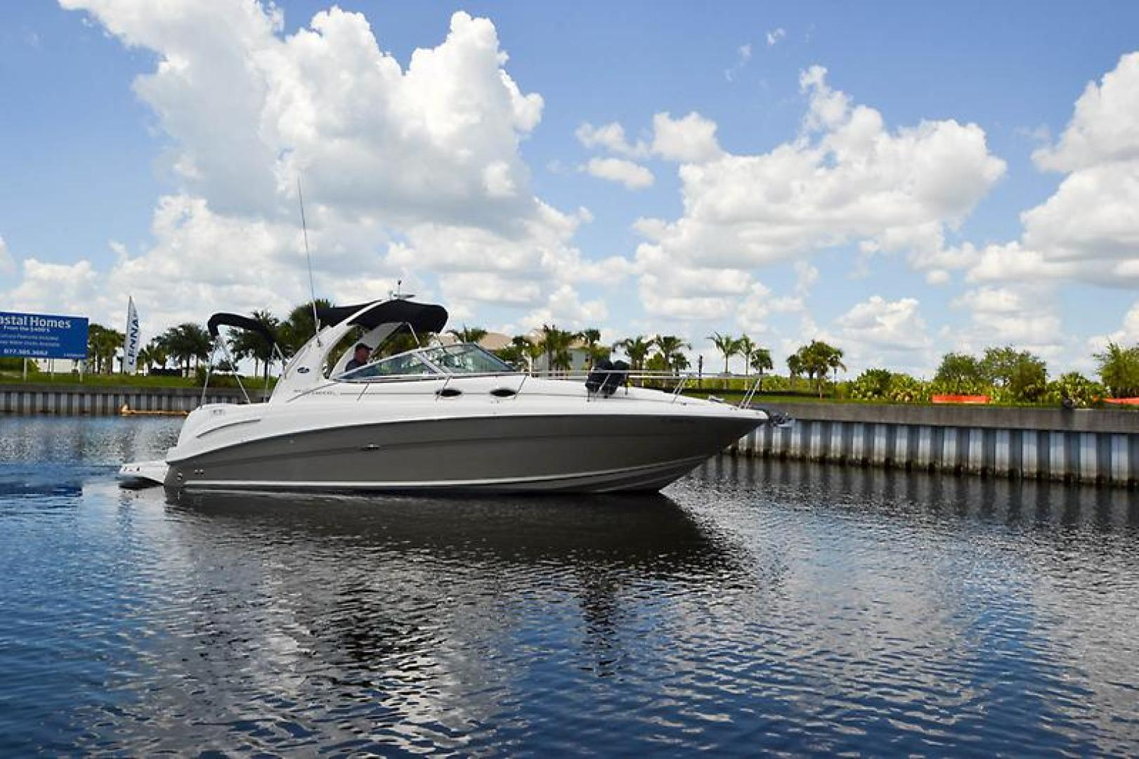 2006 Sea Ray 300 Sundancer-14-2.jpg