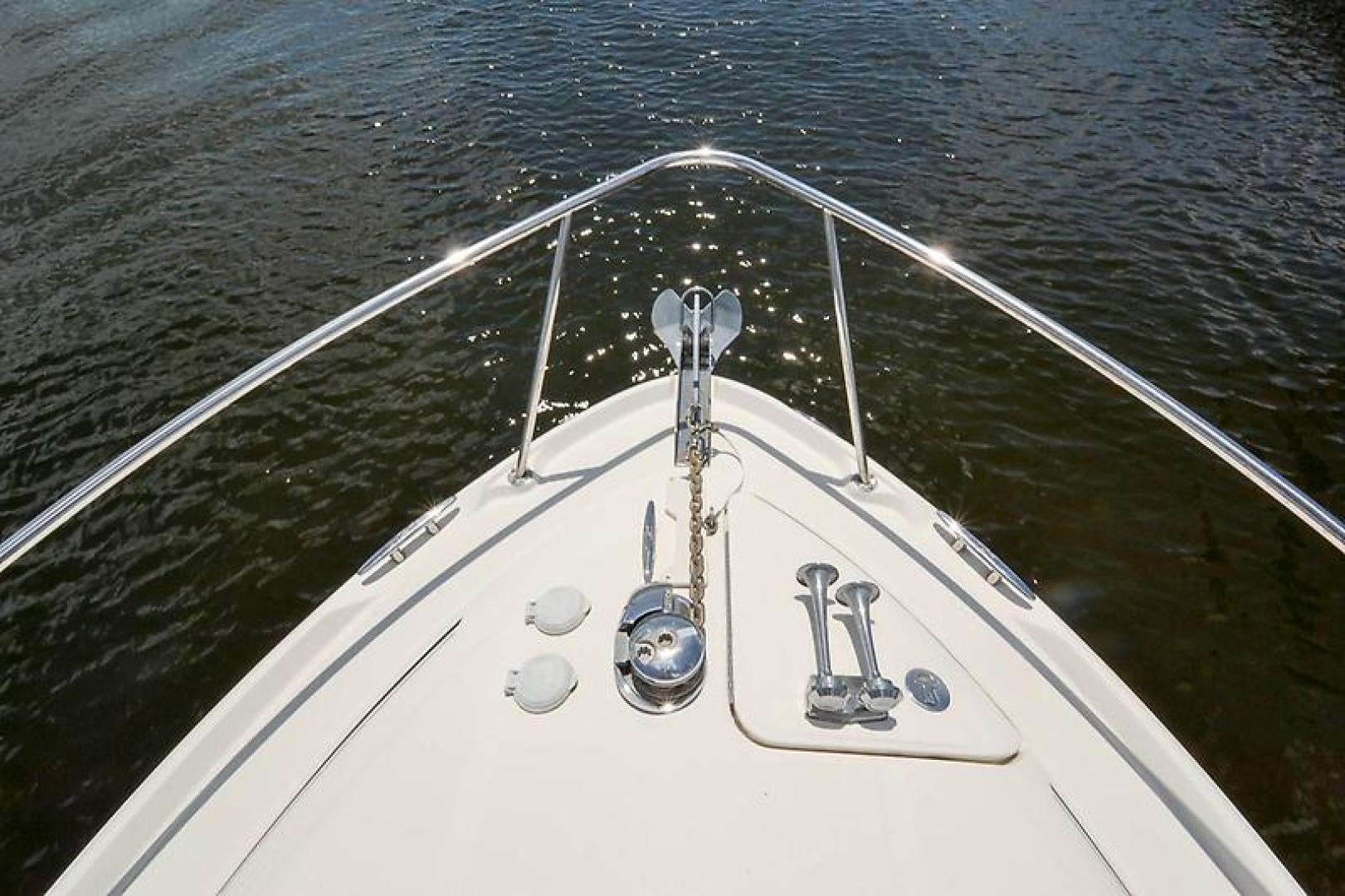 2006 Sea Ray 300 Sundancer-25-2.jpg