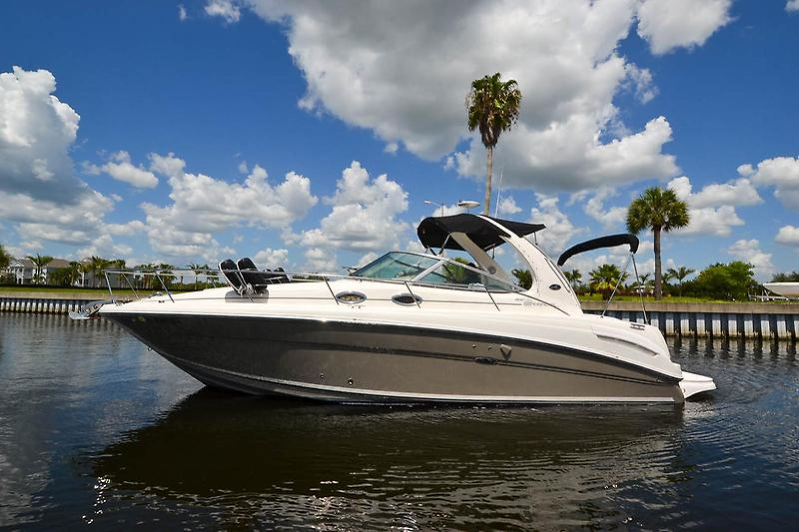 2006 Sea Ray 300 Sundancer-22-2.jpg