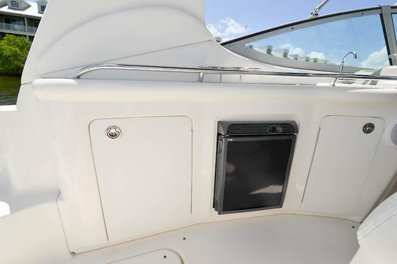 2006 Sea Ray 300 Sundancer-36-2.jpg