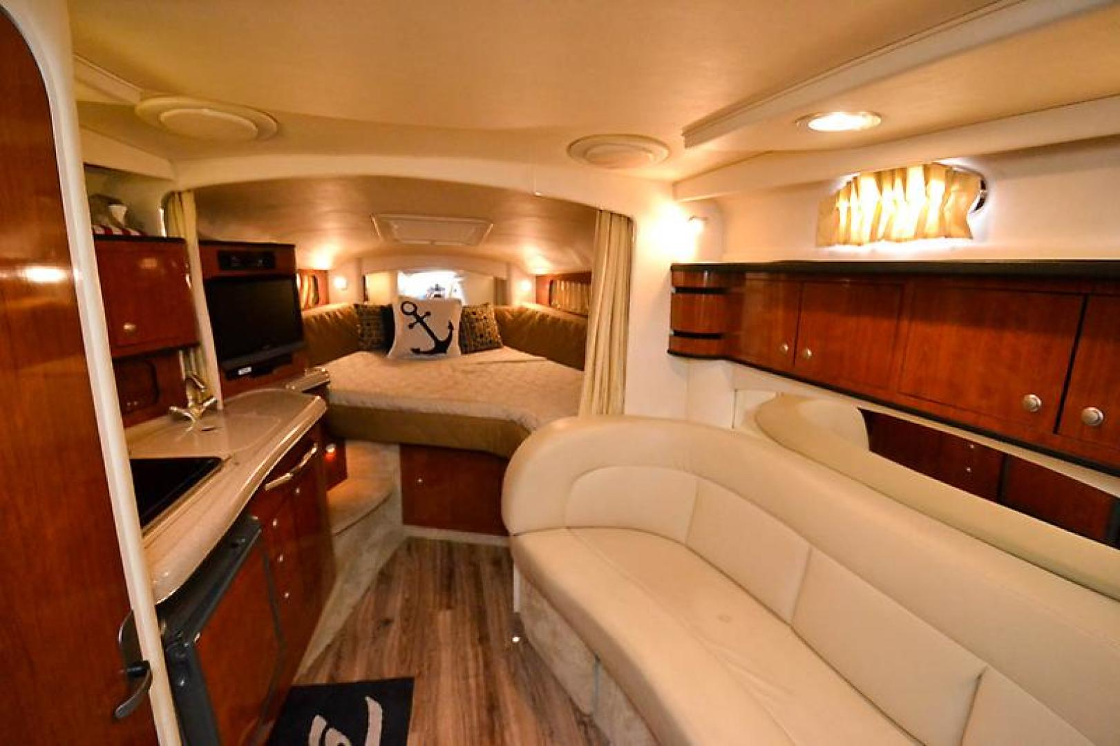 2006 Sea Ray 300 Sundancer-38-2.jpg