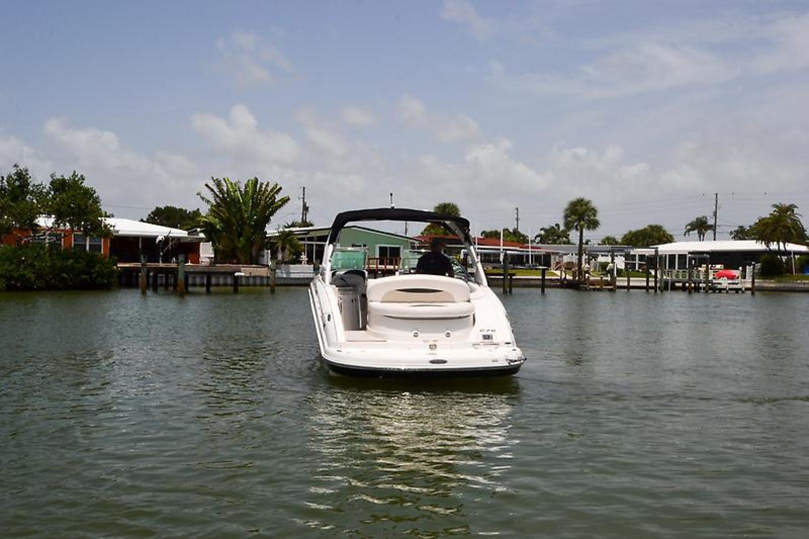 2009 Chaparral 276 SSX-10.jpg