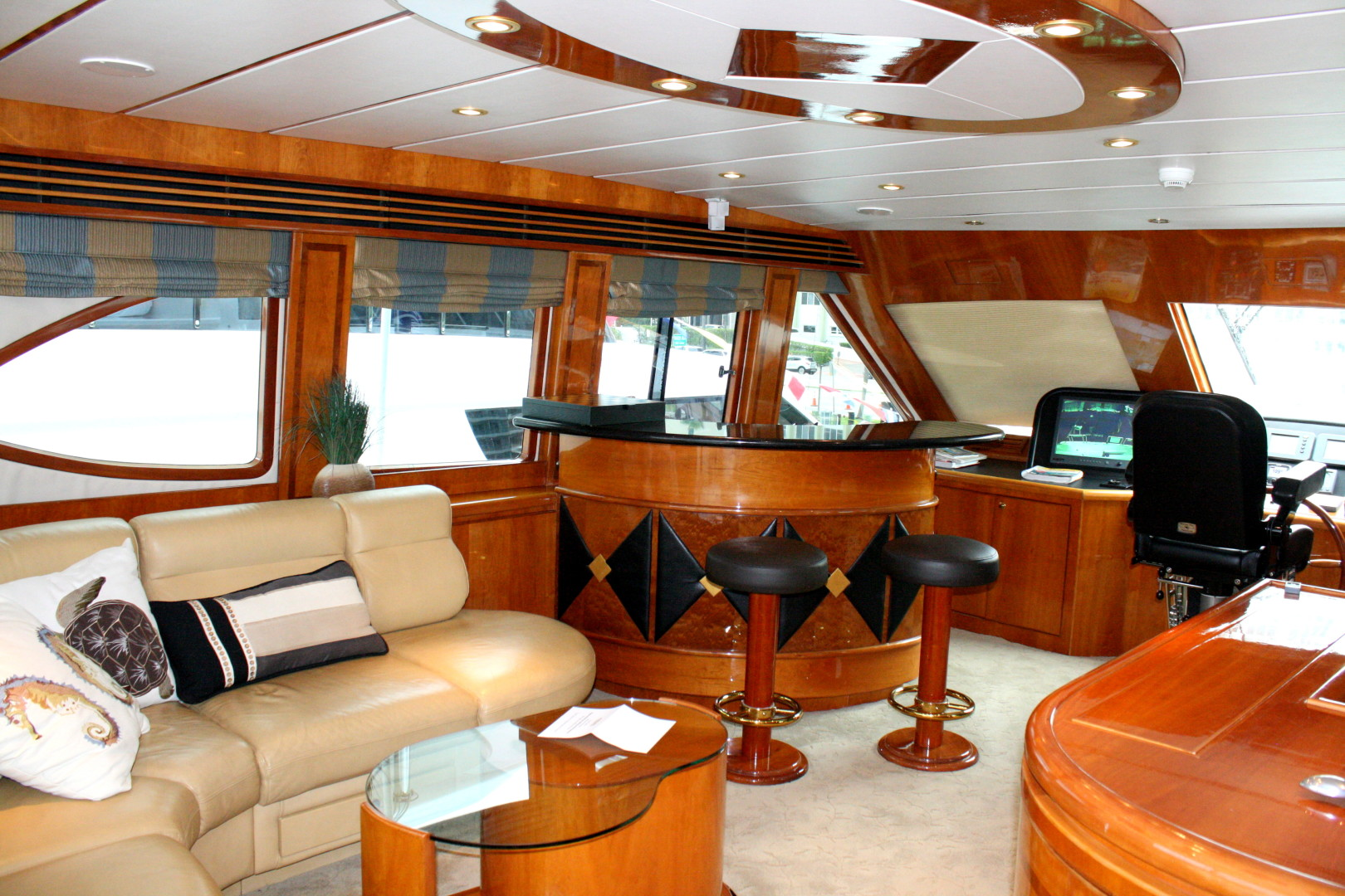 CRYSTAL ANNE 94ft Hargrave Yacht For Sale