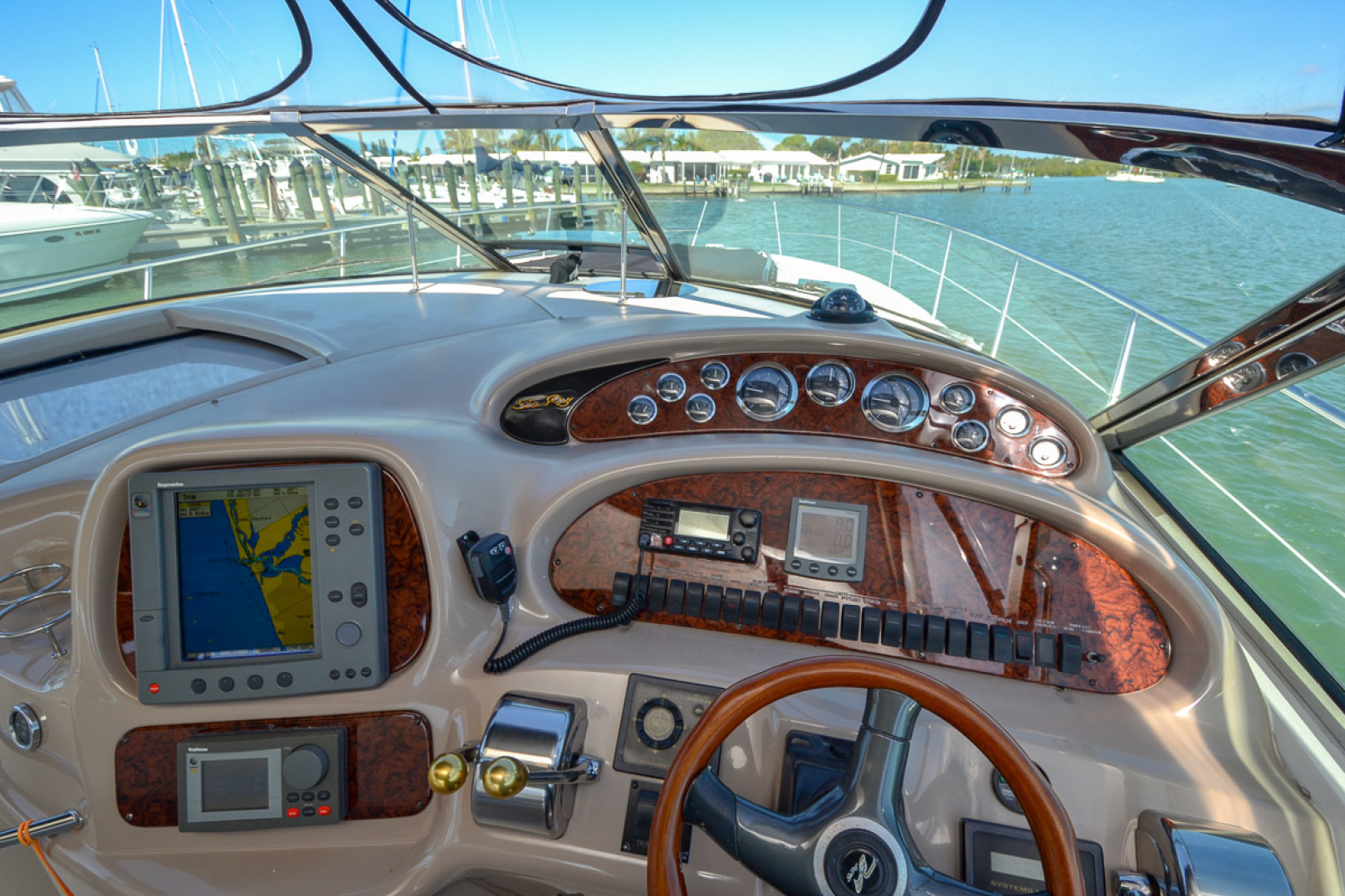 2000 Sea Ray 410 Sundancer-27.jpg