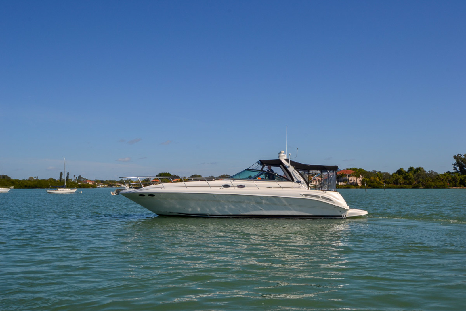 2000 Sea Ray 410 Sundancer-5.jpg