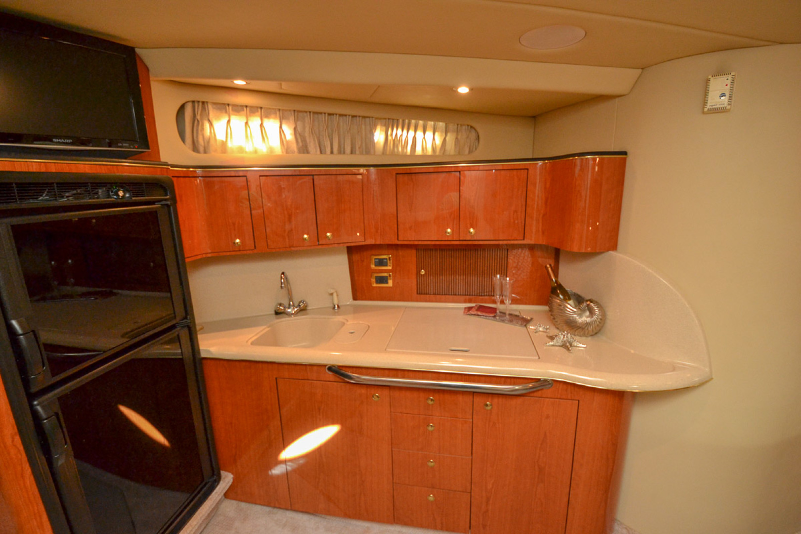 2000 Sea Ray 410 Sundancer-44.jpg
