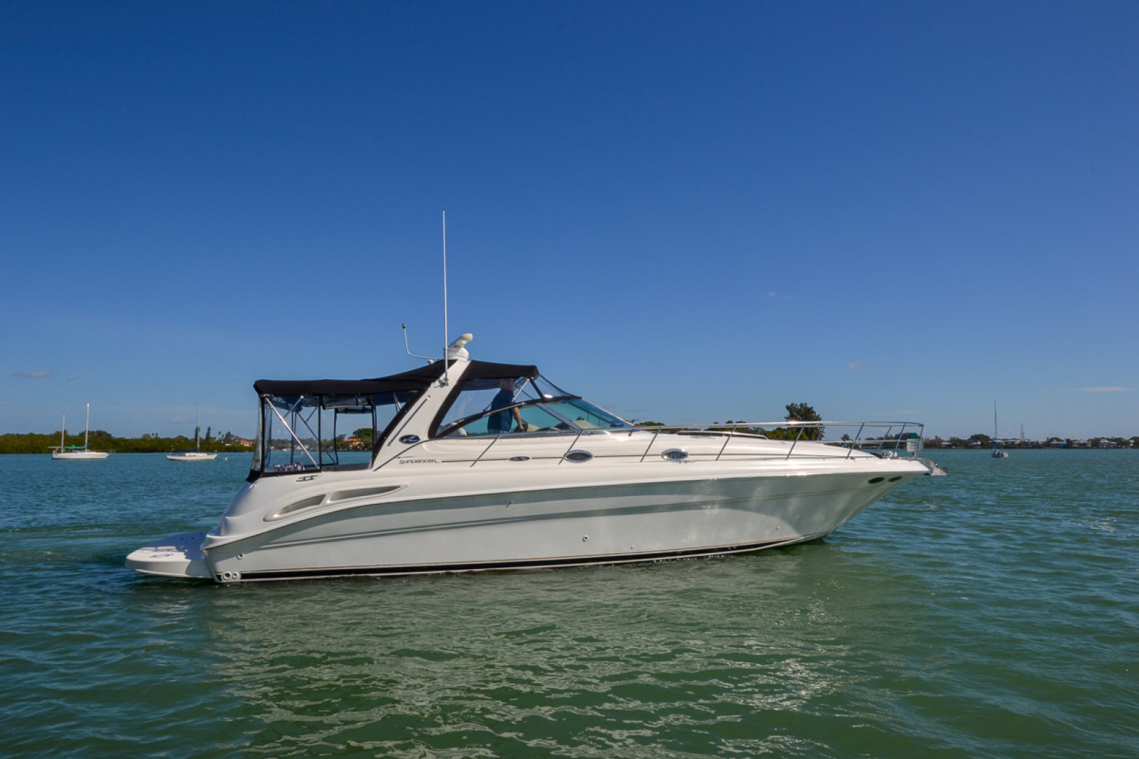 2000 Sea Ray 410 Sundancer-10.jpg